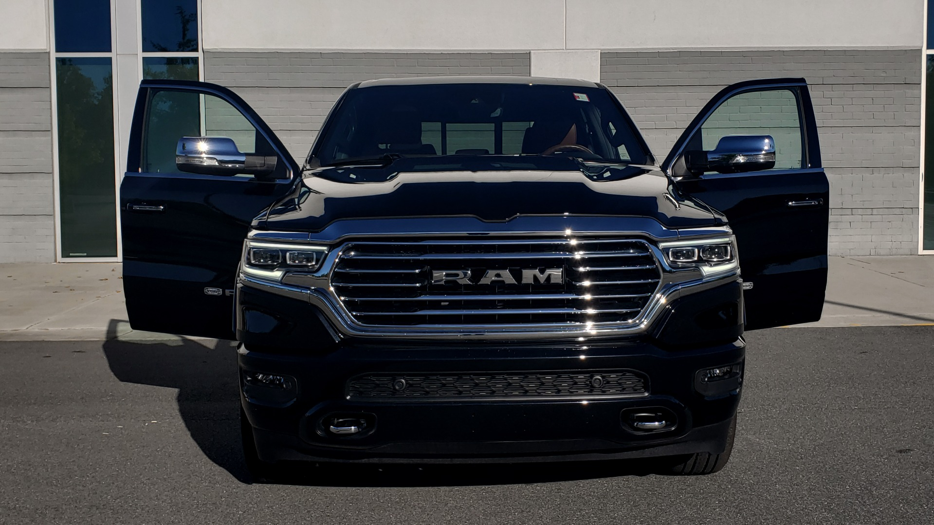 Used 2021 Ram 1500 LONGHORN LIMITED 4X4 / 5.7L HEMI / CREWCAB / H/K SND / PANO-ROOF / REARVIEW for sale $65,999 at Formula Imports in Charlotte NC 28227 21