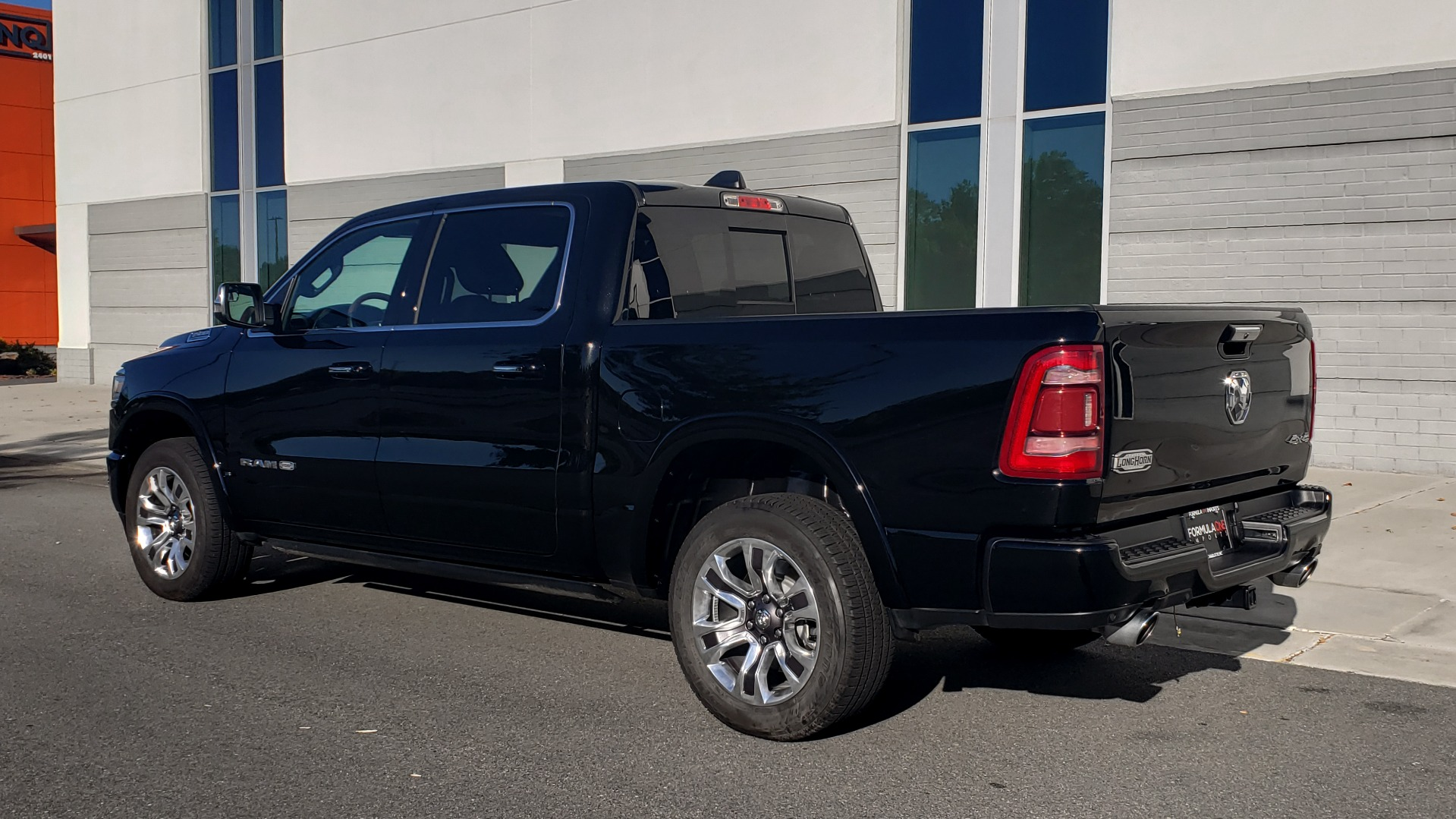 Used 2021 Ram 1500 LONGHORN LIMITED 4X4 / 5.7L HEMI / CREWCAB / H/K SND / PANO-ROOF / REARVIEW for sale $65,999 at Formula Imports in Charlotte NC 28227 5