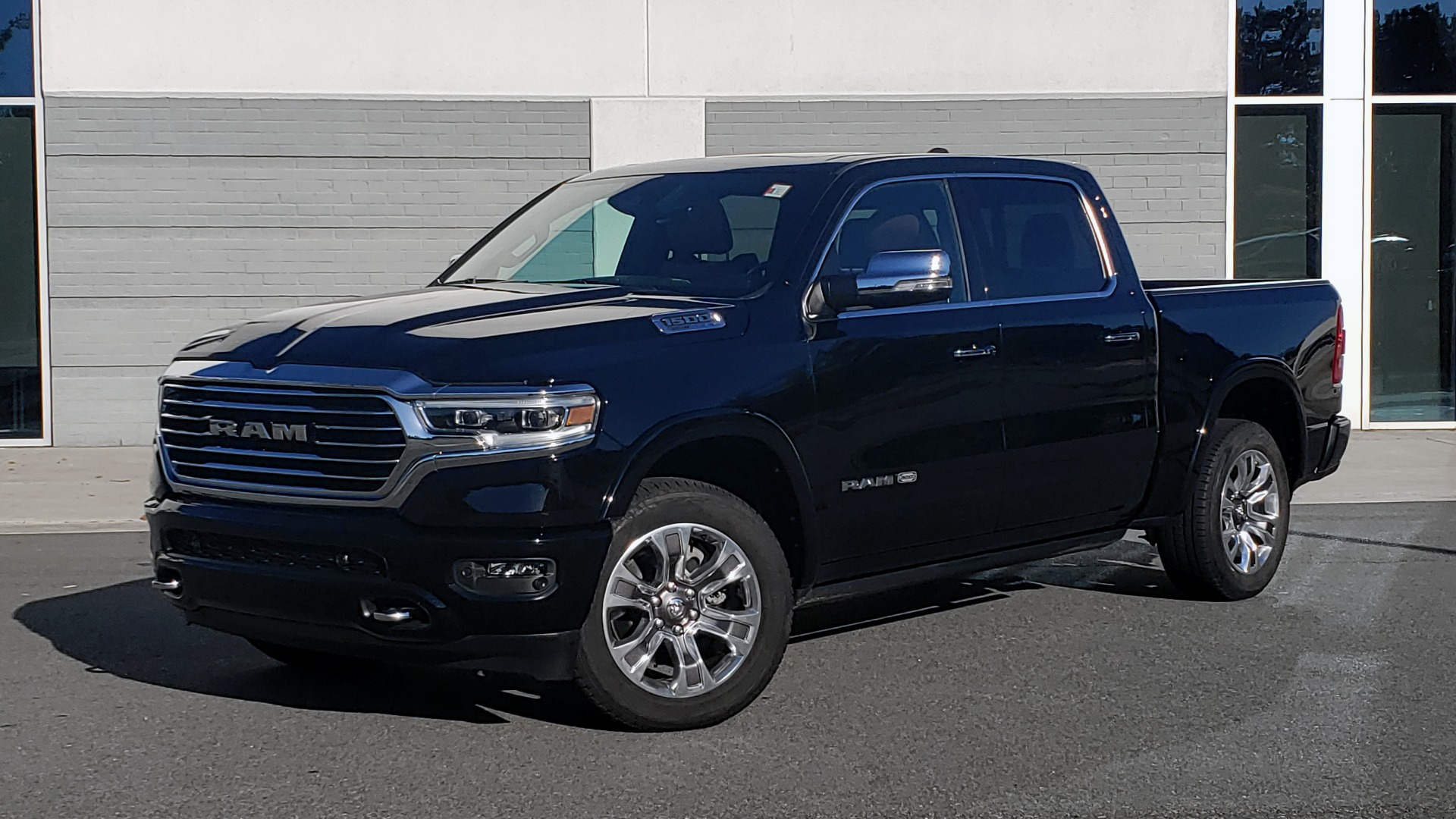 Used 2021 Ram 1500 LONGHORN LIMITED 4X4 / 5.7L HEMI / CREWCAB / H/K SND / PANO-ROOF / REARVIEW for sale $65,999 at Formula Imports in Charlotte NC 28227 1