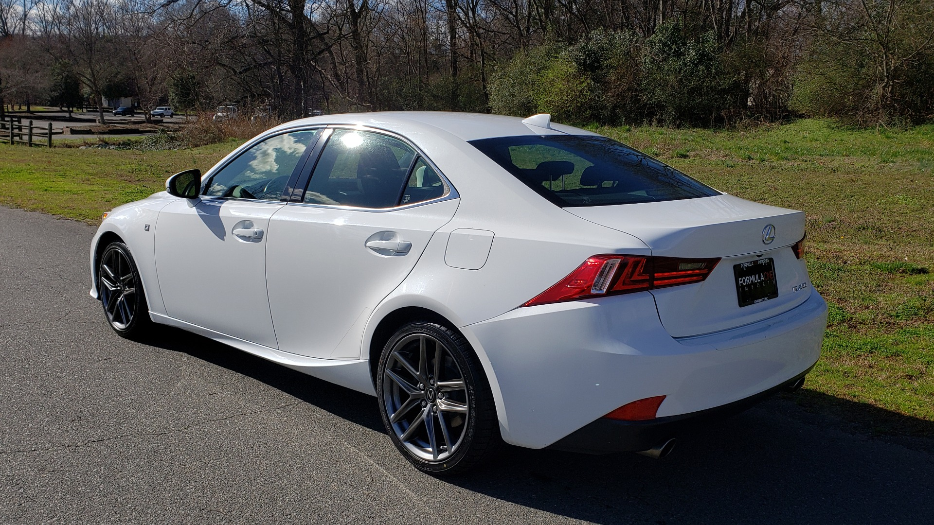 Used 2014 Lexus IS 250 F-SPORT / NAV / SUNROOF / REARVIEW / BSM for sale Sold at Formula Imports in Charlotte NC 28227 3