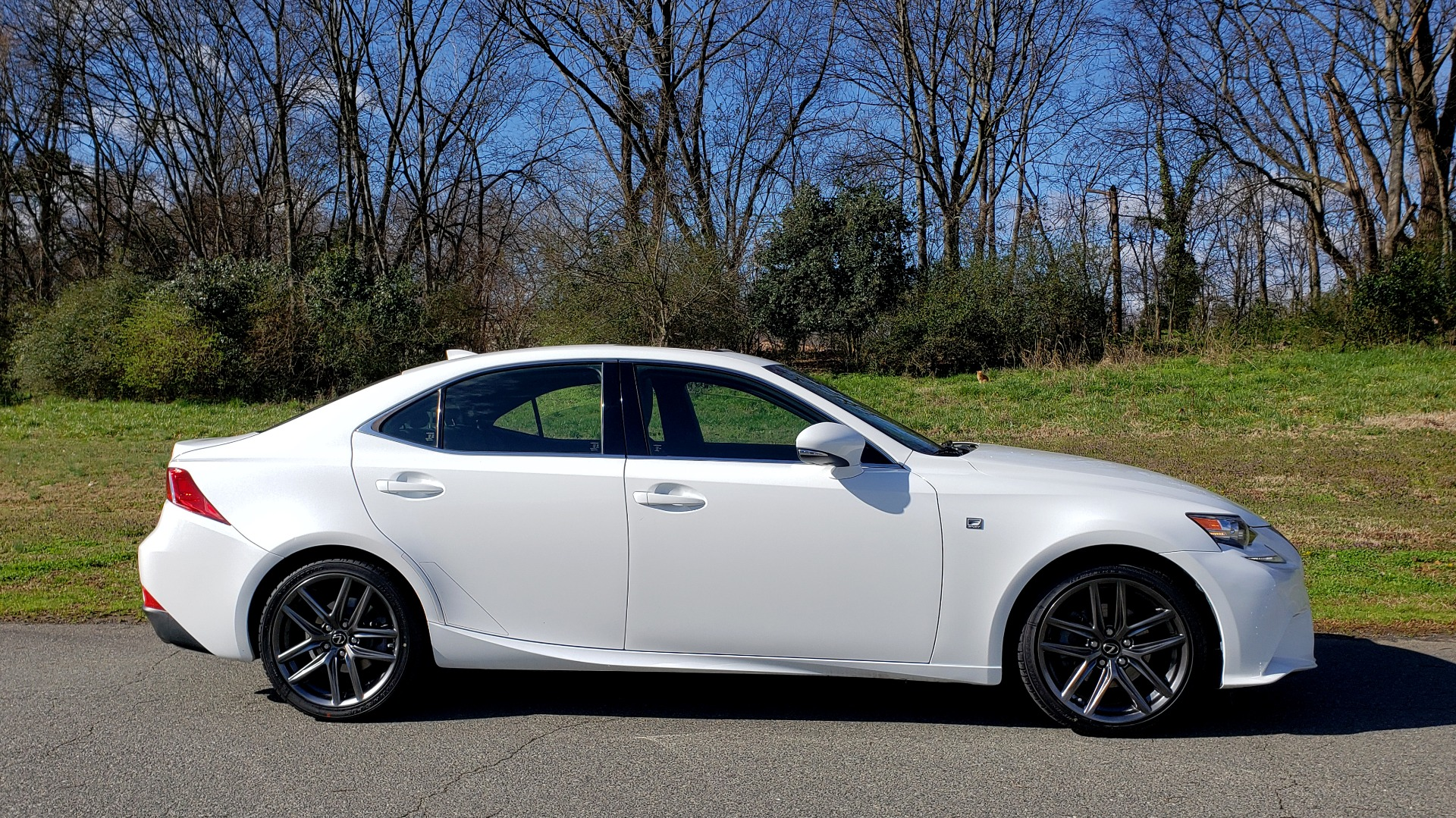 Used 2014 Lexus IS 250 F-SPORT / NAV / SUNROOF / REARVIEW / BSM for sale Sold at Formula Imports in Charlotte NC 28227 5