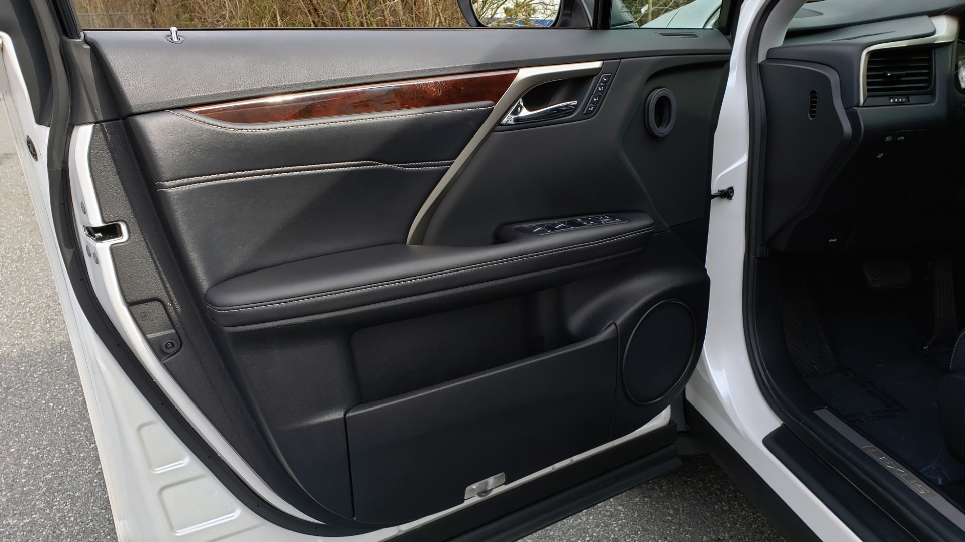 Used 2017 Lexus RX 350 PREMIUM / BSM / SNRF / VENT SEATS / REARVIEW for sale Sold at Formula Imports in Charlotte NC 28227 32