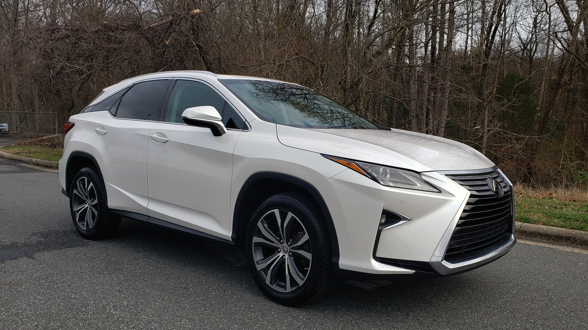 Used 2017 Lexus RX 350 PREMIUM / BSM / SNRF / VENT SEATS / REARVIEW for sale Sold at Formula Imports in Charlotte NC 28227 4