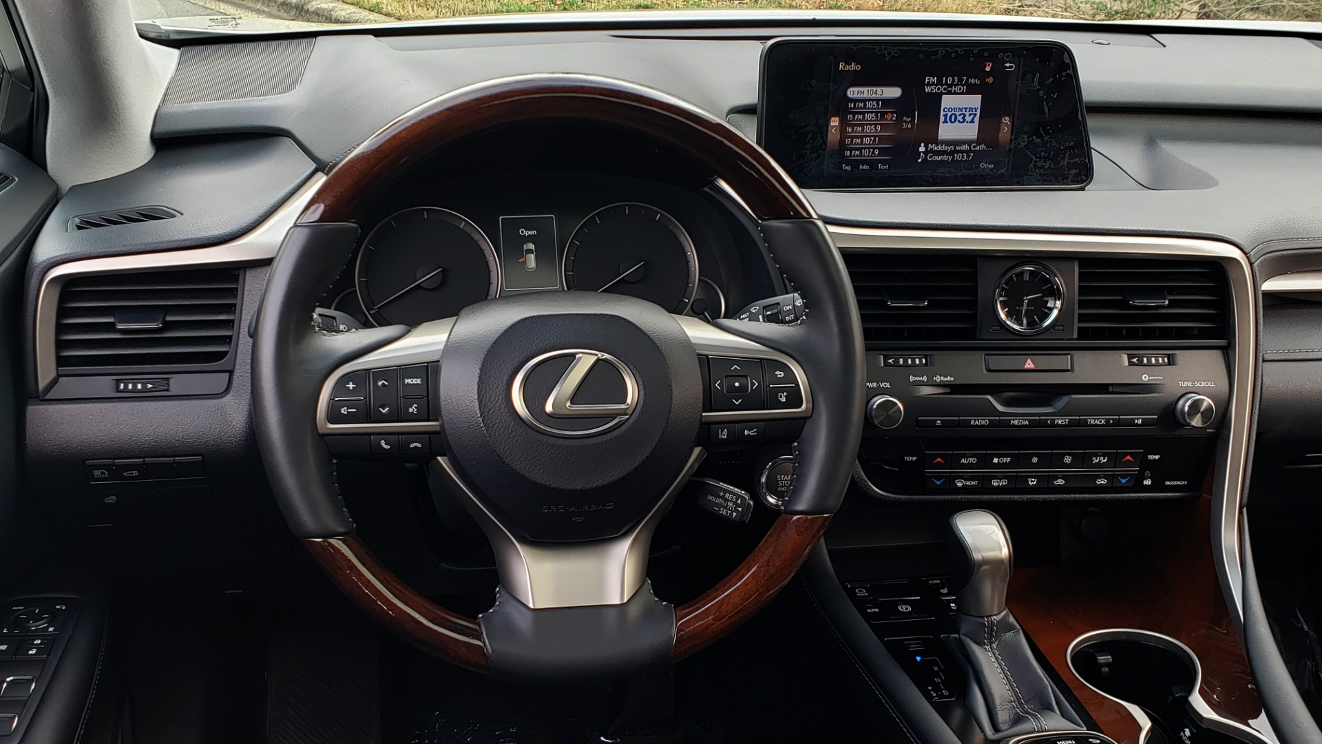 Used 2017 Lexus RX 350 PREMIUM / BSM / SNRF / VENT SEATS / REARVIEW for sale Sold at Formula Imports in Charlotte NC 28227 40