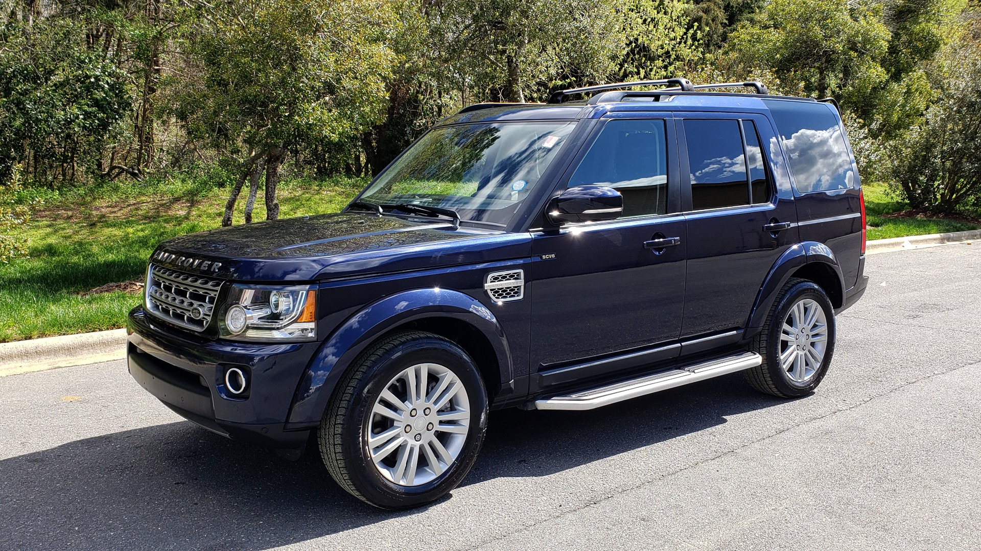 Used 2016 Land Rover LR4 HSE LUX / NAV / SUNROOF / MERIDIAN / REARVIEW / 3-ROW for sale Sold at Formula Imports in Charlotte NC 28227 1