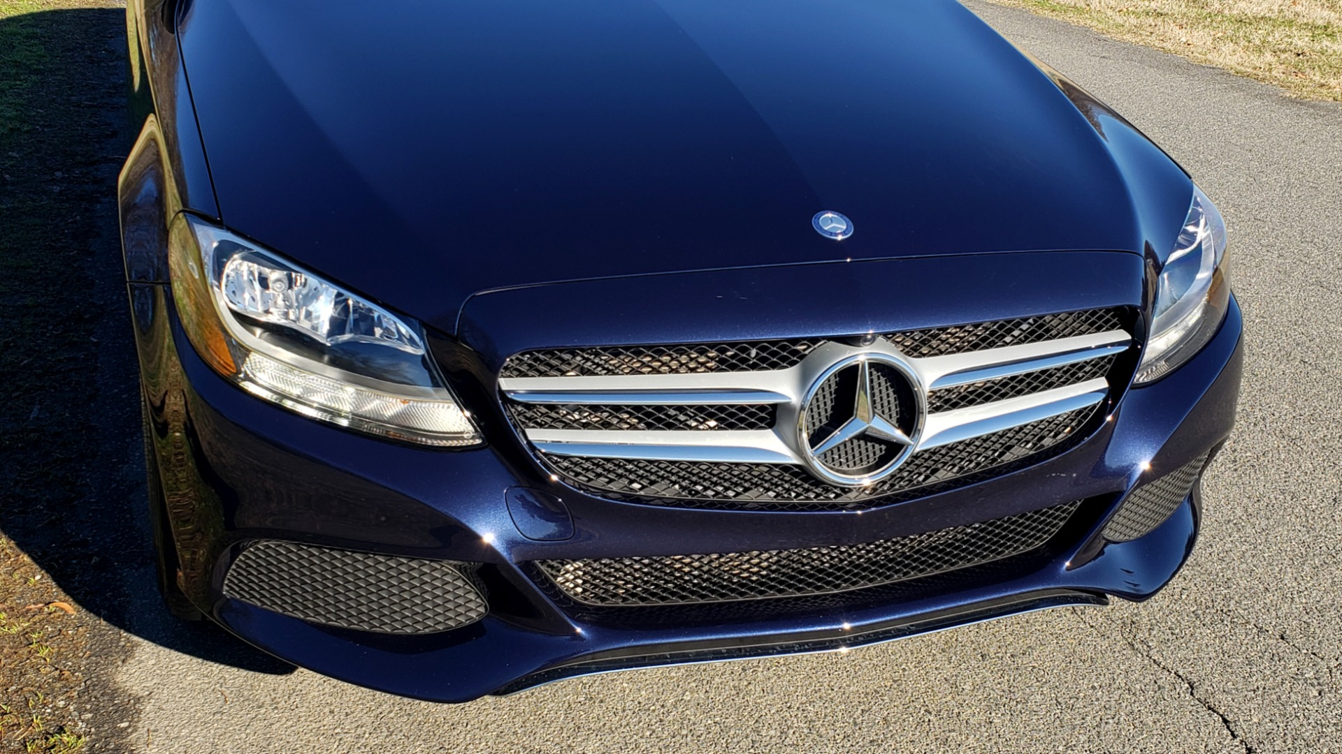 Used 2016 Mercedes-Benz C-Class C 300 PREMIUM / PANO-ROOF / HTD STS / BSA / REARVIEW for sale Sold at Formula Imports in Charlotte NC 28227 10