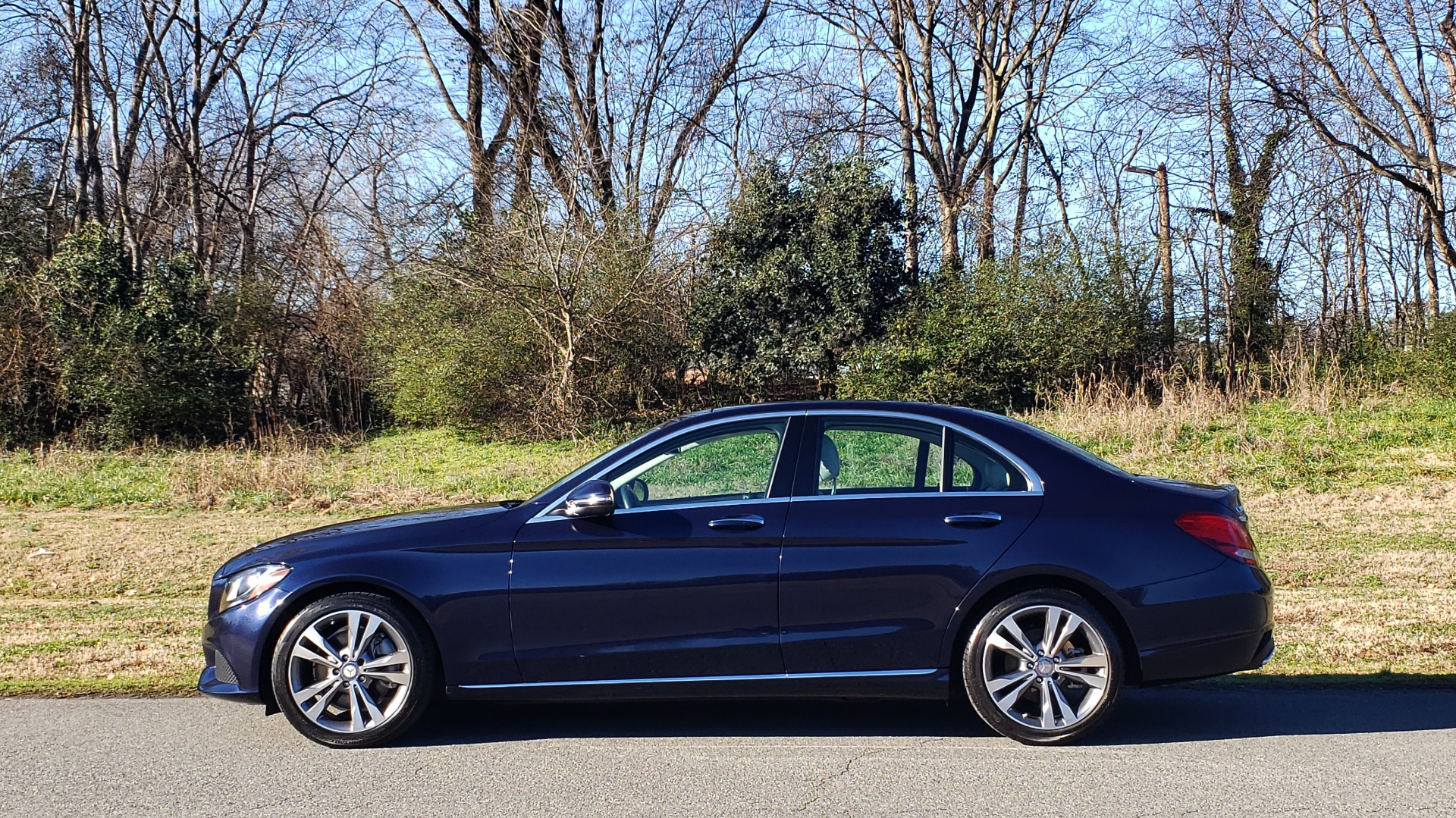 Used 2016 Mercedes-Benz C-Class C 300 PREMIUM / PANO-ROOF / HTD STS / BSA / REARVIEW for sale Sold at Formula Imports in Charlotte NC 28227 2