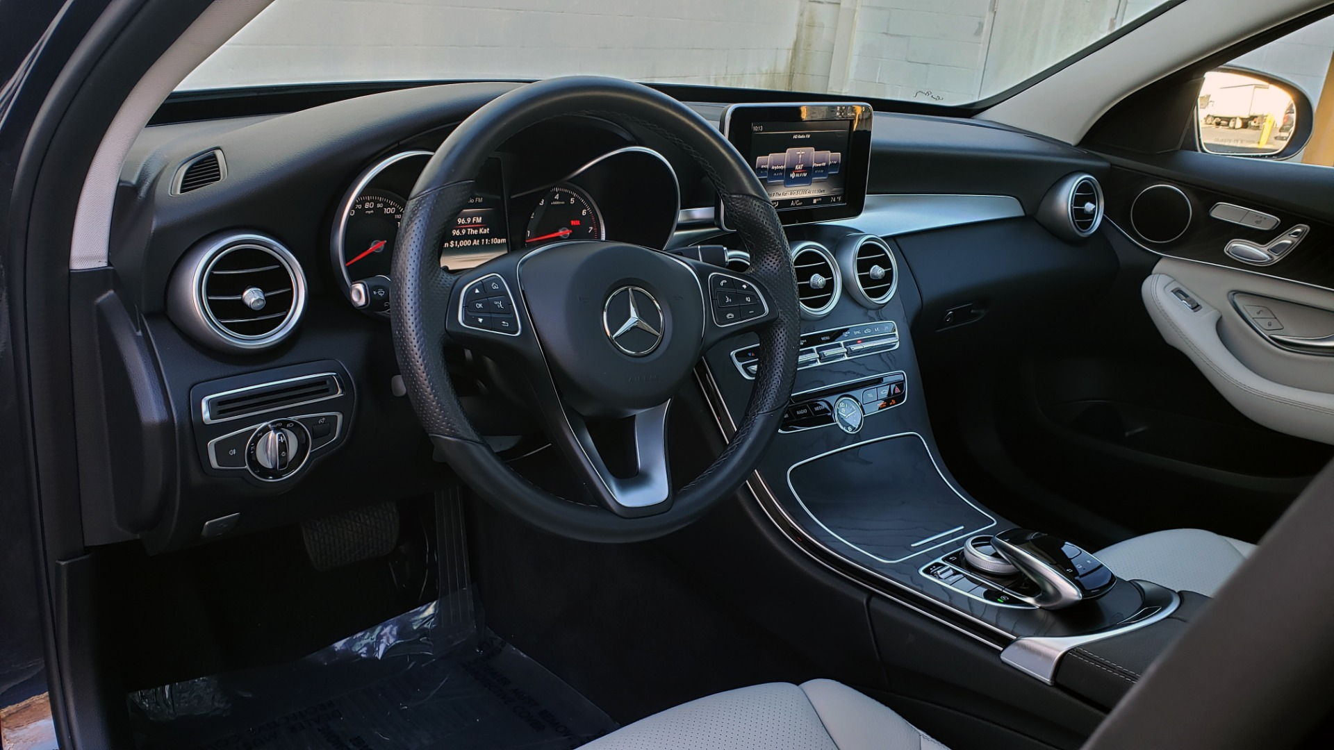 Used 2016 Mercedes-Benz C-Class C 300 PREMIUM / PANO-ROOF / HTD STS / BSA / REARVIEW for sale Sold at Formula Imports in Charlotte NC 28227 32