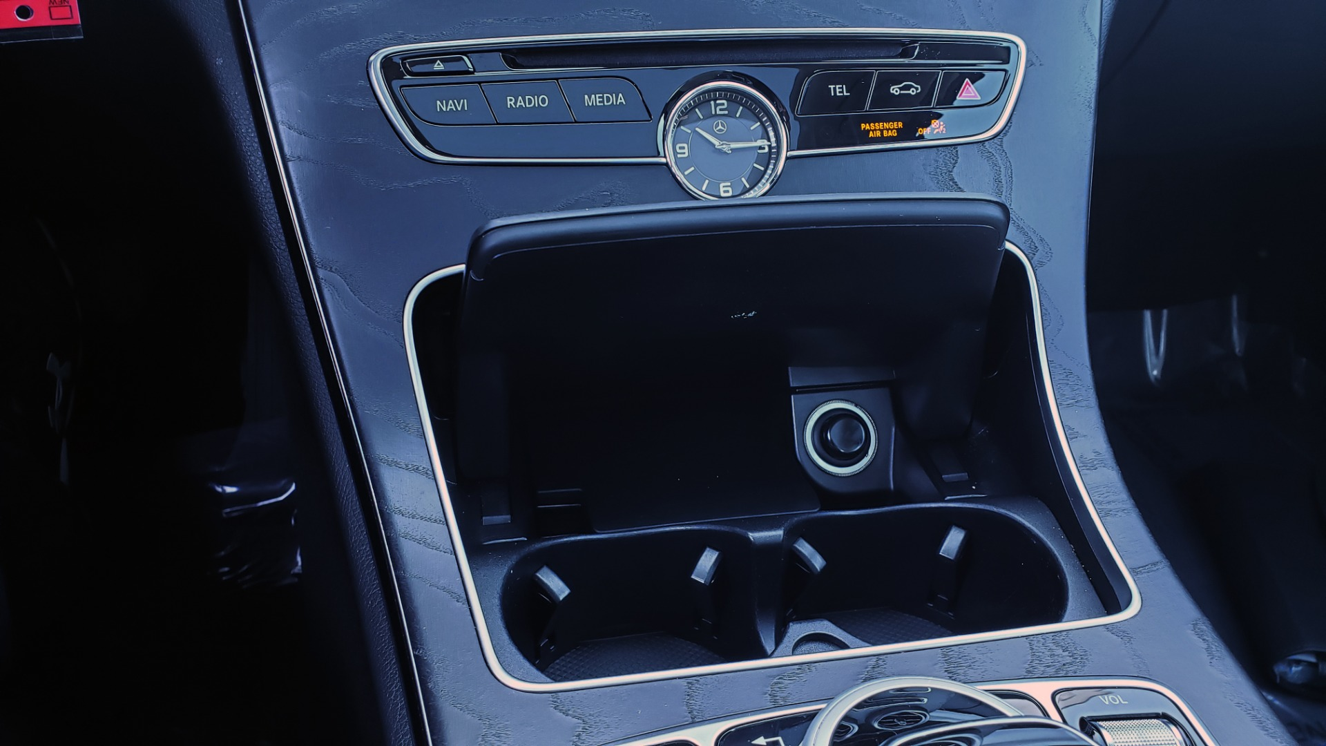 Used 2016 Mercedes-Benz C-Class C 300 PREMIUM / PANO-ROOF / HTD STS / BSA / REARVIEW for sale Sold at Formula Imports in Charlotte NC 28227 42