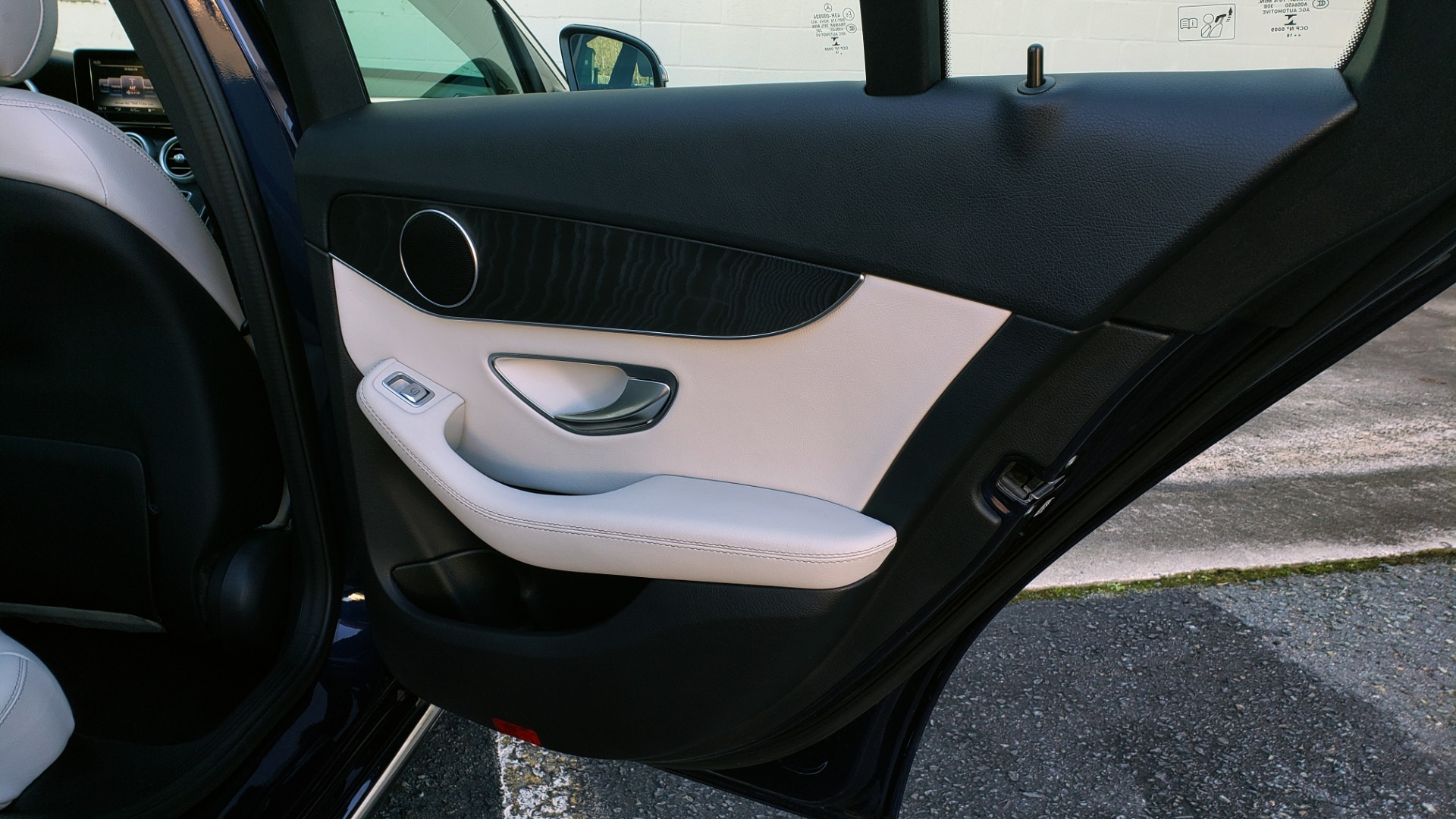 Used 2016 Mercedes-Benz C-Class C 300 PREMIUM / PANO-ROOF / HTD STS / BSA / REARVIEW for sale Sold at Formula Imports in Charlotte NC 28227 61