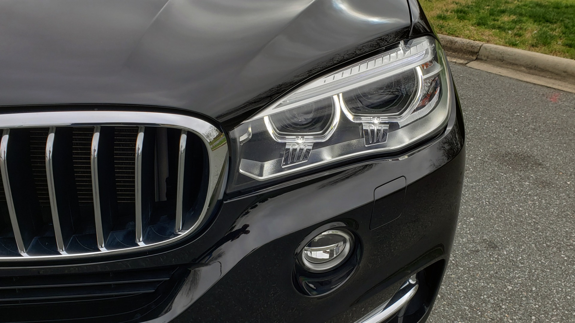 Used 2017 BMW X5 XDRIVE35I / PREM LUX PKG / DRVR ASST / CLD WTHR / APPLE CAR PLAY for sale Sold at Formula Imports in Charlotte NC 28227 24