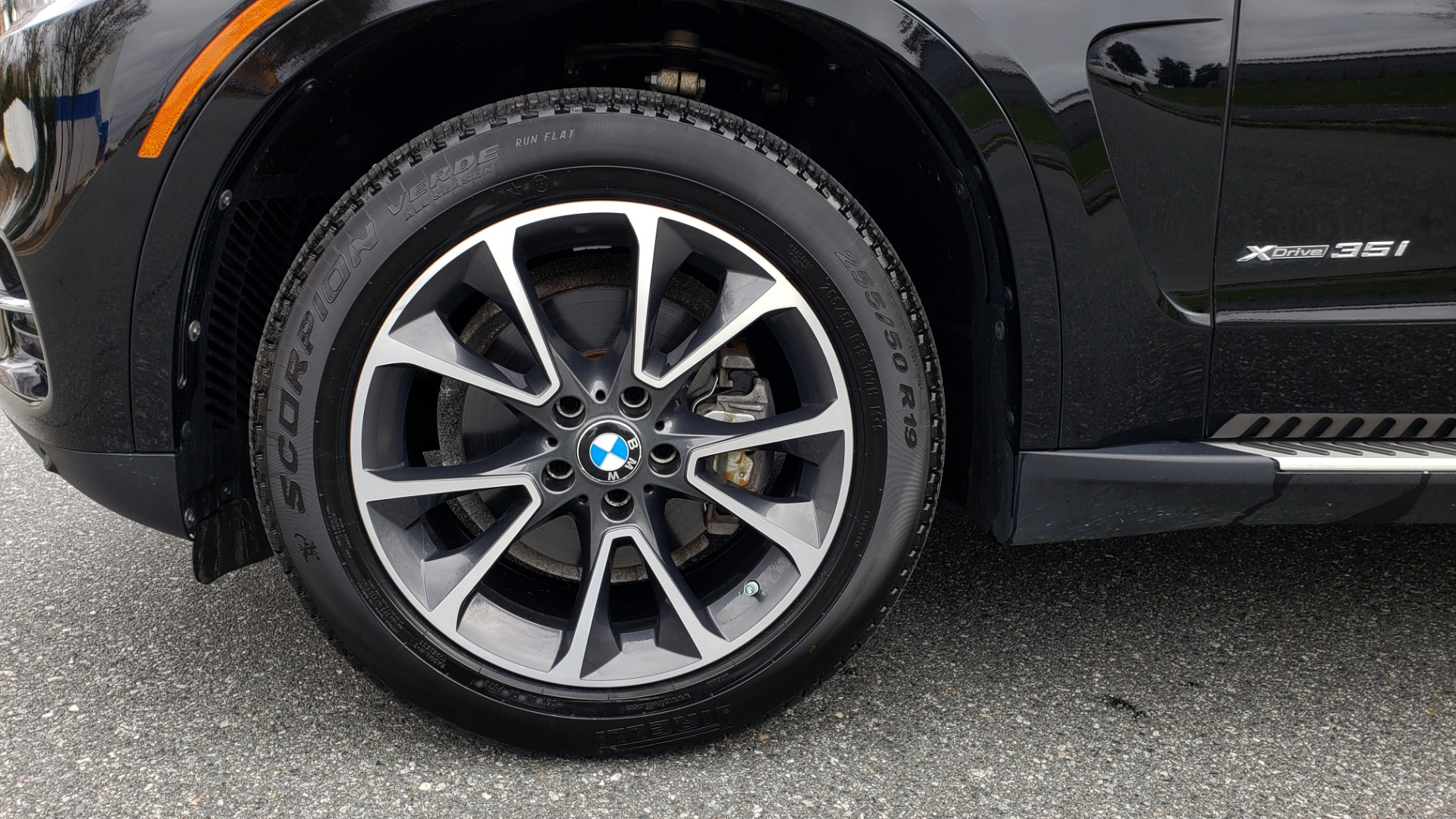 Used 2017 BMW X5 XDRIVE35I / PREM LUX PKG / DRVR ASST / CLD WTHR / APPLE CAR PLAY for sale Sold at Formula Imports in Charlotte NC 28227 82