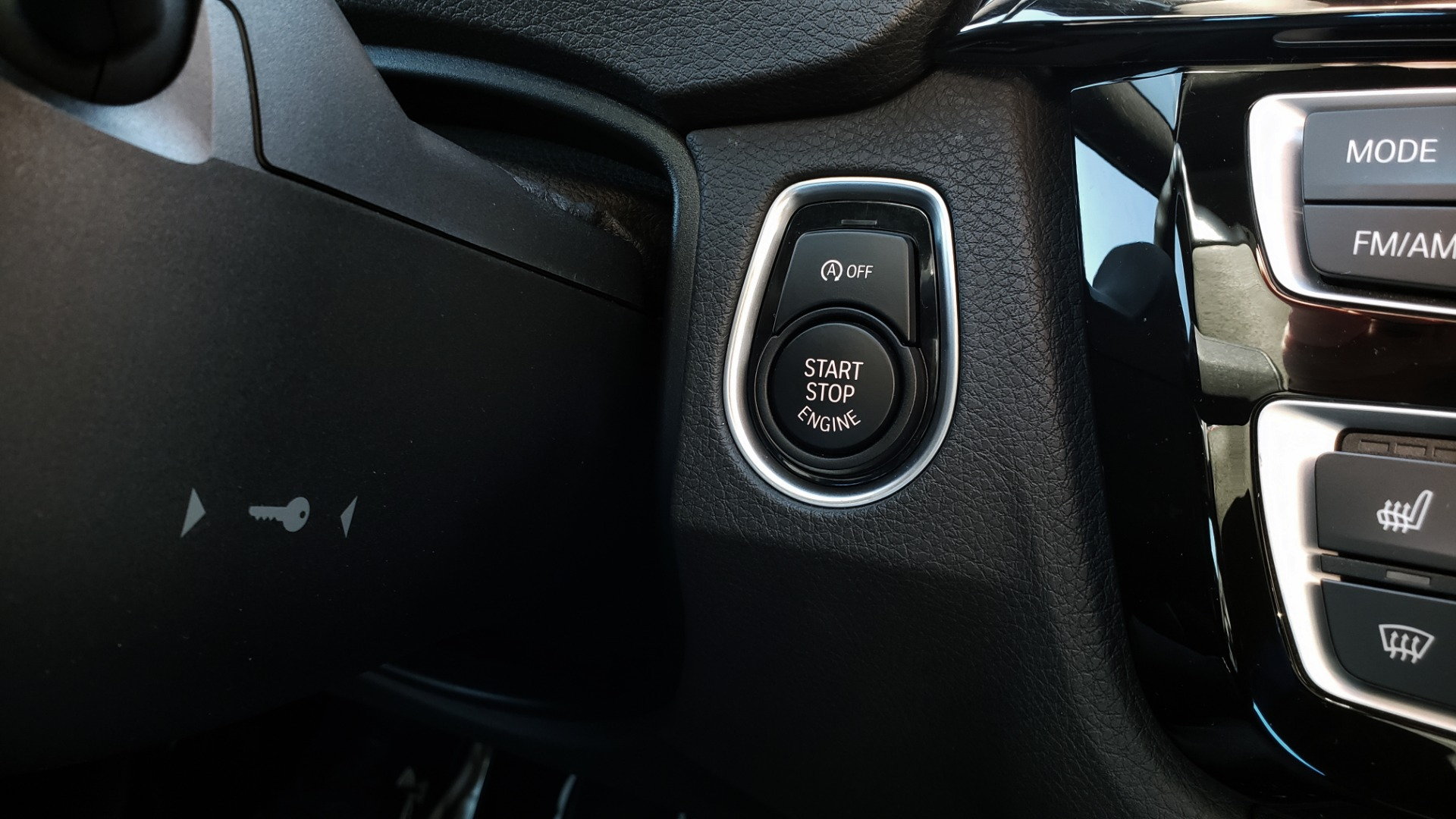 Used 2018 BMW M4 COMP PKG / EXEC / M-DRIVER / PARK CNTRL / ACTIVE BLIND SPOT for sale $45,449 at Formula Imports in Charlotte NC 28227 46