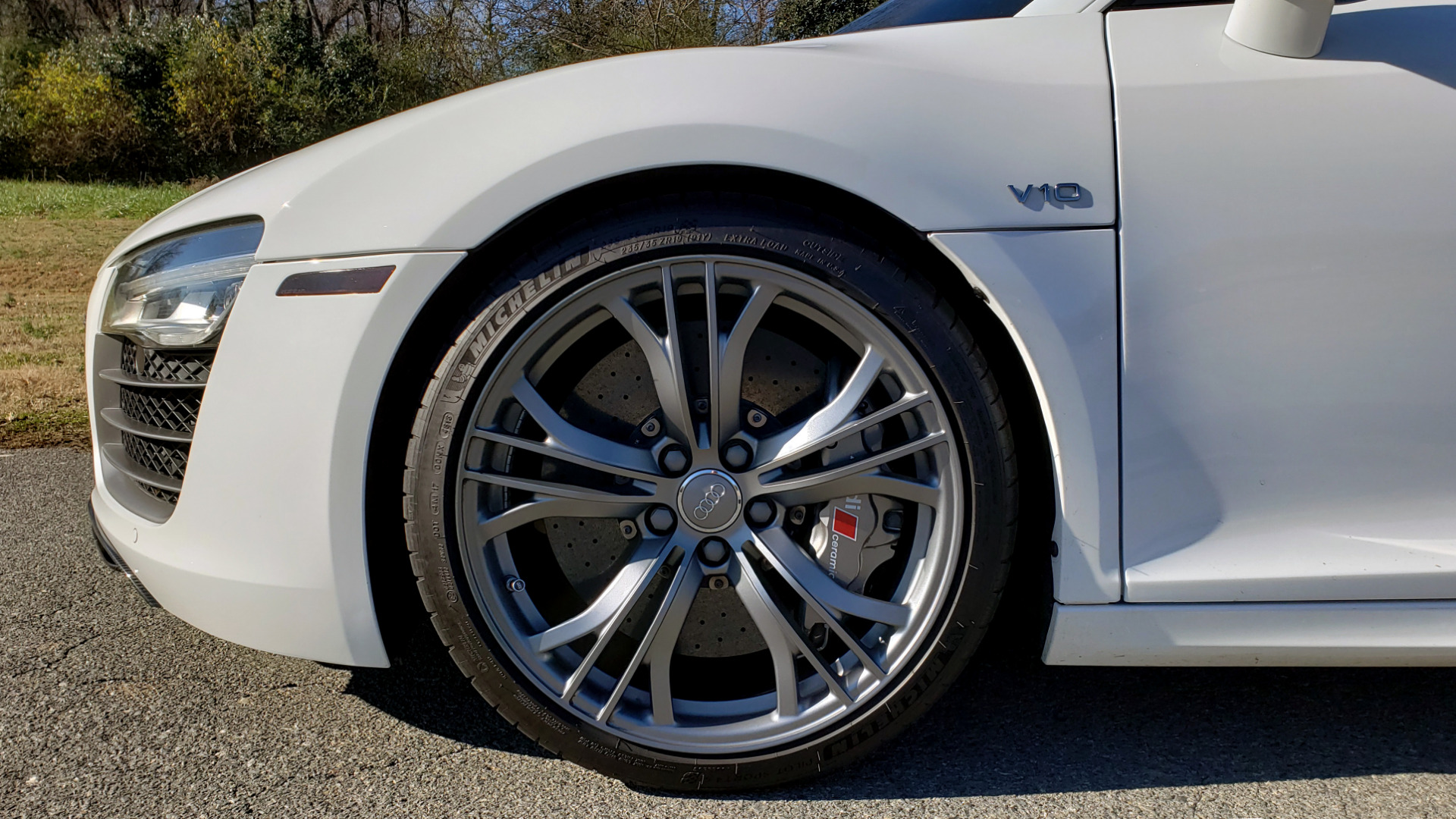 Used 2015 Audi R8 V10 PLUS / S-TRONIC / B&O SOUND / SPORT EXH / REARVIEW for sale Sold at Formula Imports in Charlotte NC 28227 10