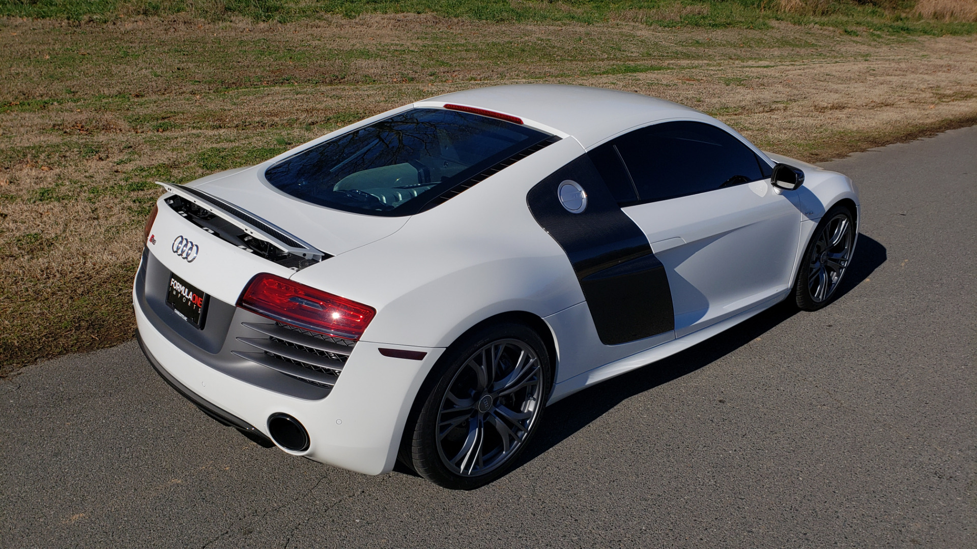 Used 2015 Audi R8 V10 PLUS / S-TRONIC / B&O SOUND / SPORT EXH / REARVIEW for sale Sold at Formula Imports in Charlotte NC 28227 14