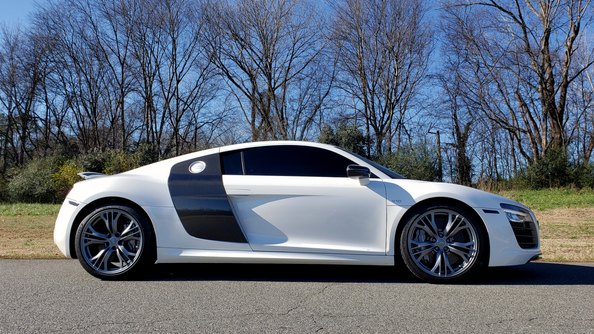 Used 2015 Audi R8 V10 PLUS / S-TRONIC / B&O SOUND / SPORT EXH / REARVIEW for sale Sold at Formula Imports in Charlotte NC 28227 15
