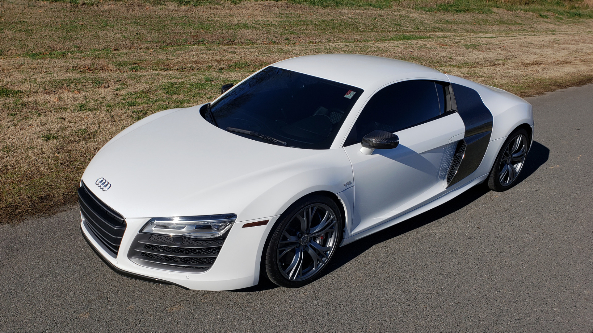 Used 2015 Audi R8 V10 PLUS / S-TRONIC / B&O SOUND / SPORT EXH / REARVIEW for sale Sold at Formula Imports in Charlotte NC 28227 2