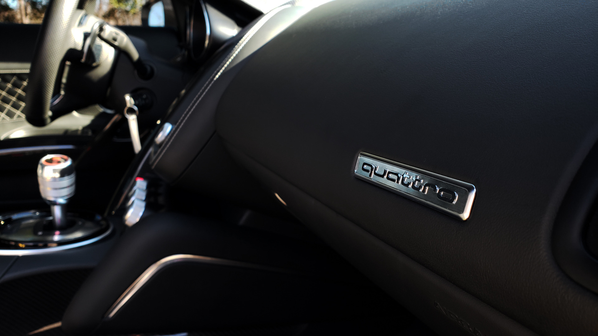 Used 2015 Audi R8 V10 PLUS / S-TRONIC / B&O SOUND / SPORT EXH / REARVIEW for sale Sold at Formula Imports in Charlotte NC 28227 53