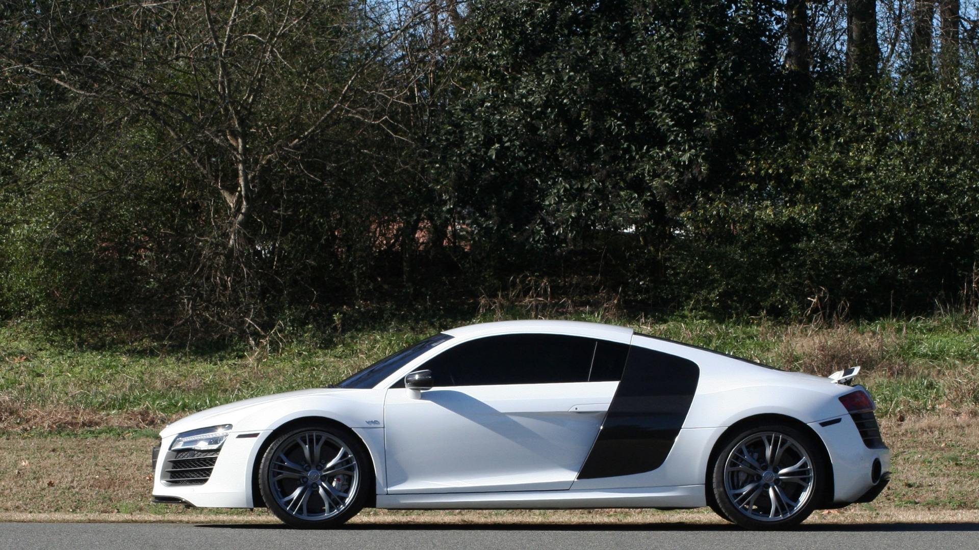 Used 2015 Audi R8 V10 PLUS / S-TRONIC / B&O SOUND / SPORT EXH / REARVIEW for sale Sold at Formula Imports in Charlotte NC 28227 58