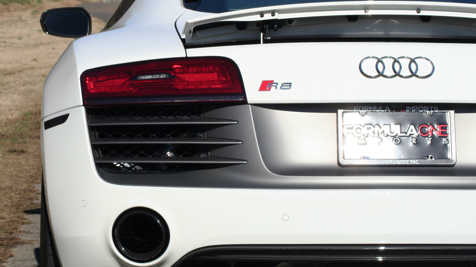 Used 2015 Audi R8 V10 PLUS / S-TRONIC / B&O SOUND / SPORT EXH / REARVIEW for sale Sold at Formula Imports in Charlotte NC 28227 66