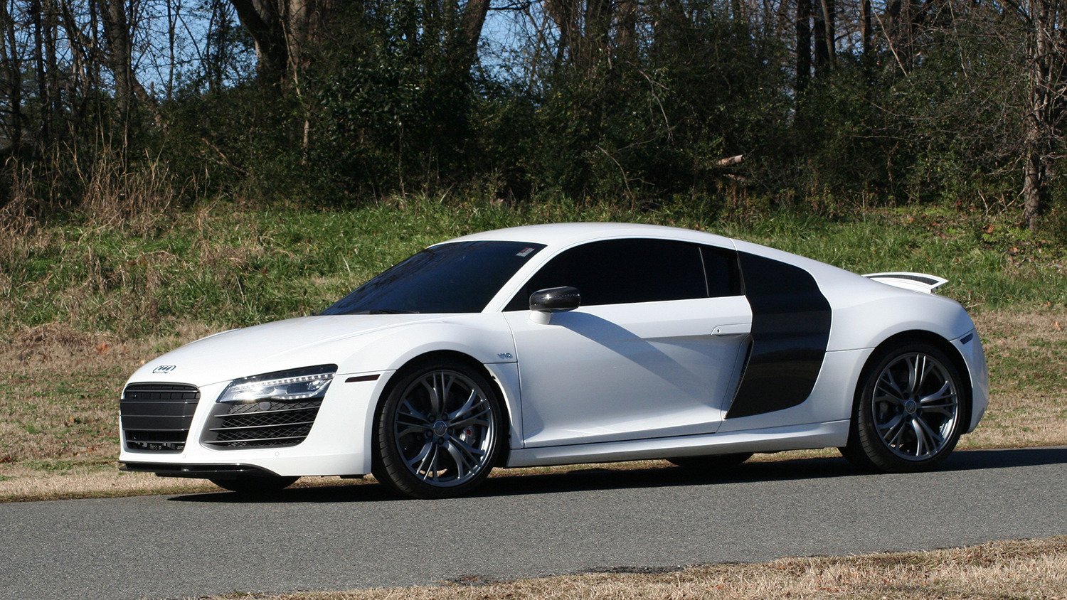 Used 2015 Audi R8 V10 PLUS / S-TRONIC / B&O SOUND / SPORT EXH / REARVIEW for sale Sold at Formula Imports in Charlotte NC 28227 73