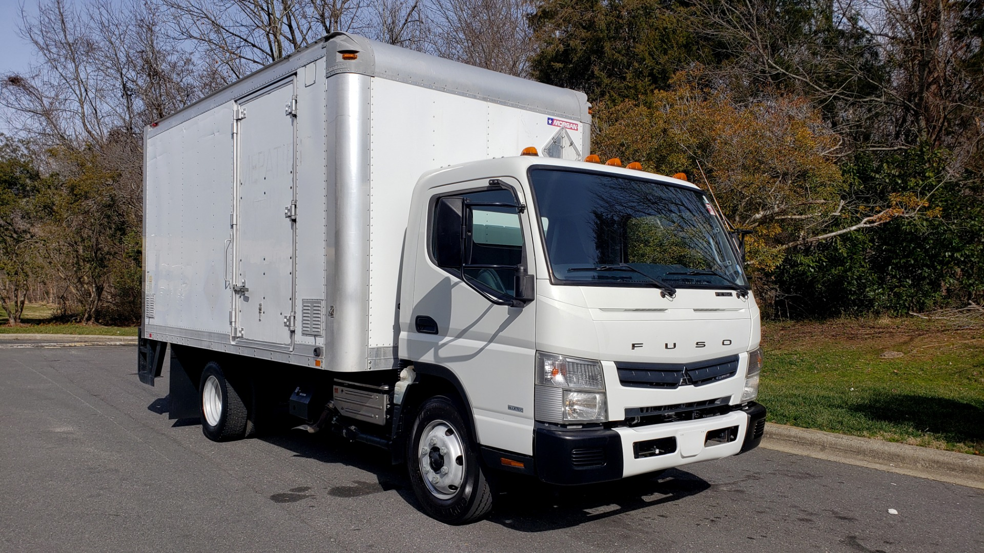 Used 2013 Mitsubishi FUSO FEC72S CARGO VAN / DUAL REAR WHEELS / CLEAN / LOW MILES for sale $25,000 at Formula Imports in Charlotte NC 28227 4