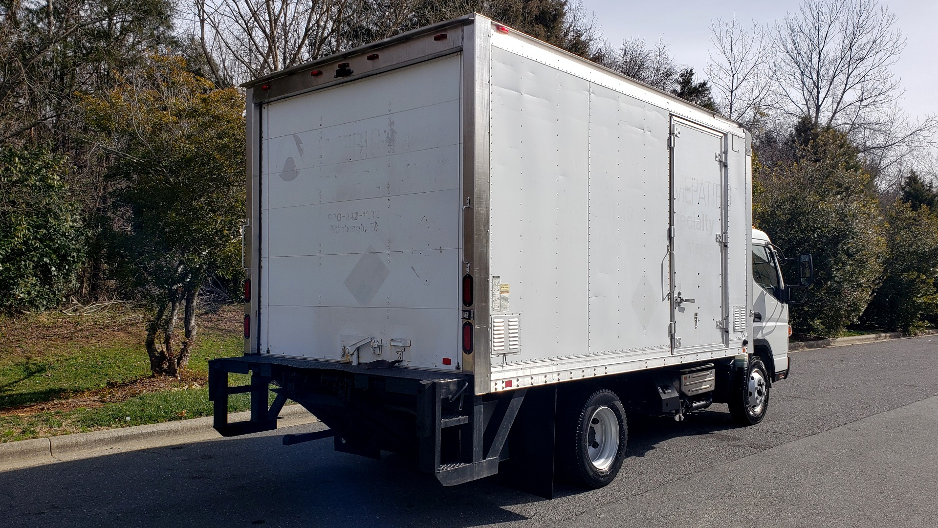 Used 2013 Mitsubishi FUSO FEC72S CARGO VAN / DUAL REAR WHEELS / CLEAN / LOW MILES for sale $25,000 at Formula Imports in Charlotte NC 28227 6