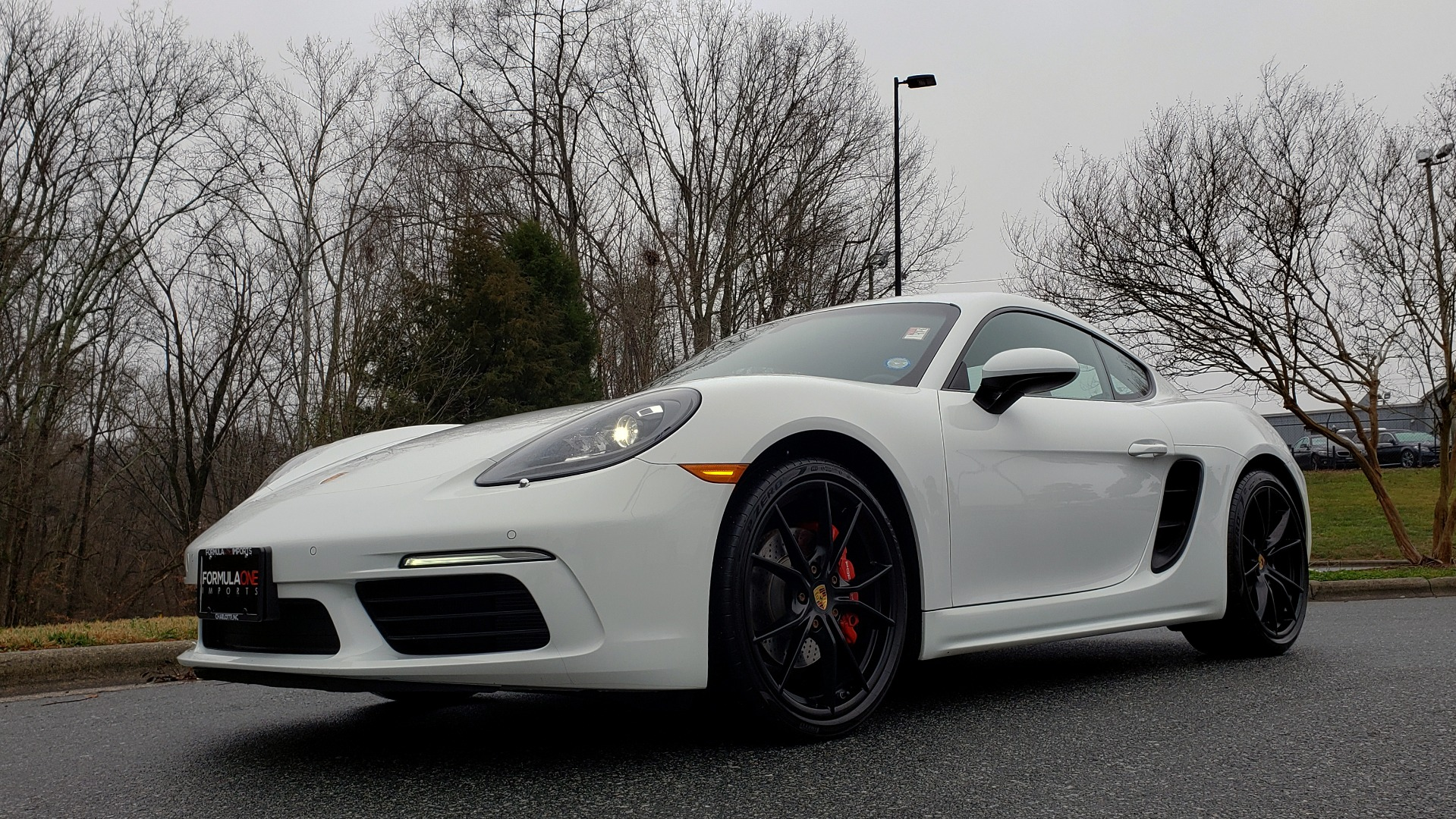 Used 2017 Porsche 718 CAYMAN S / NAV / BOSE / PDK / RWD / VENT STS / REARVIEW for sale Sold at Formula Imports in Charlotte NC 28227 4