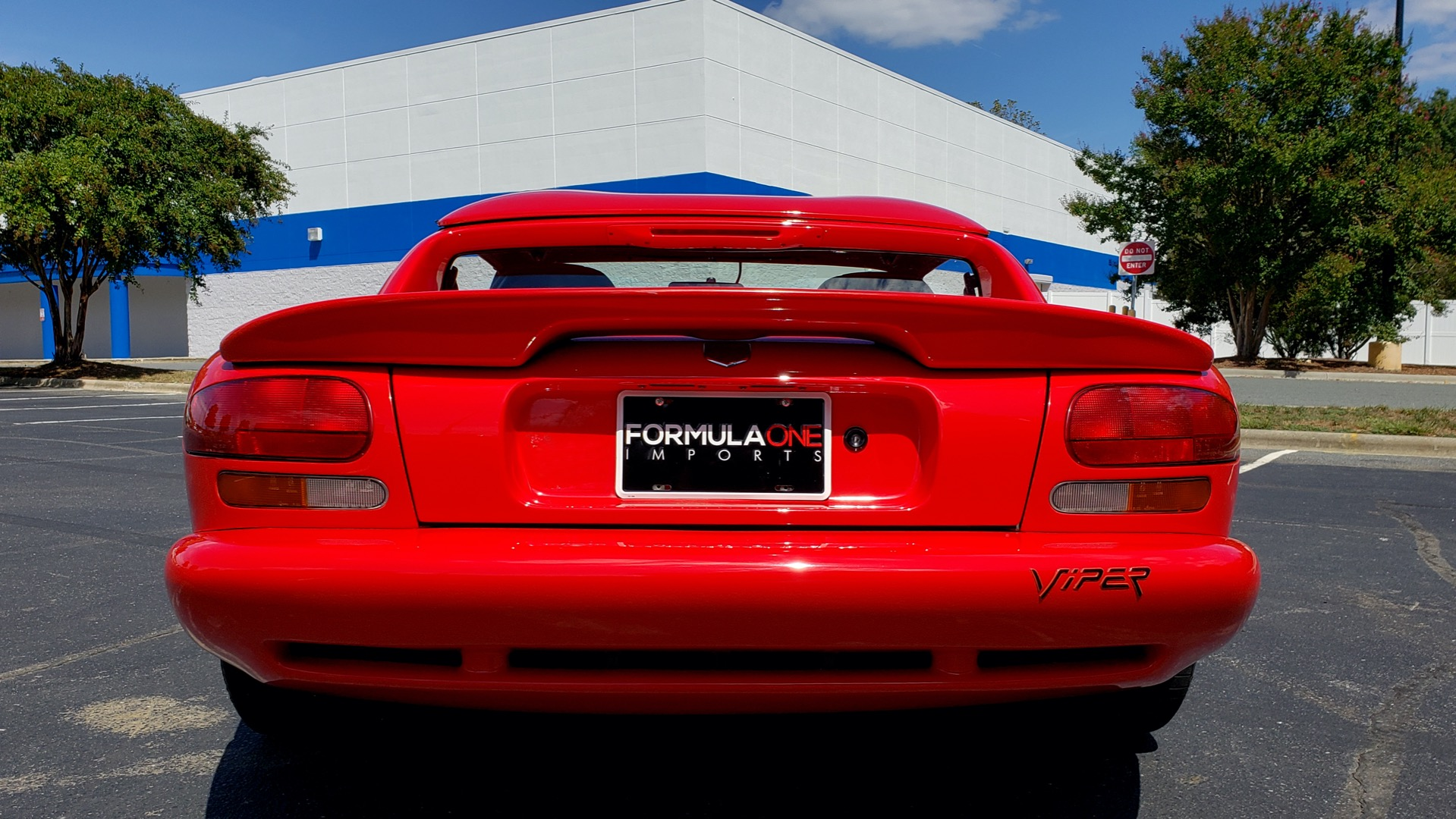 Used 1993 Dodge VIPER RT/10 COUPE / 6-SPD MAN / REMOVABLE TOP / LOW MILES for sale Sold at Formula Imports in Charlotte NC 28227 31