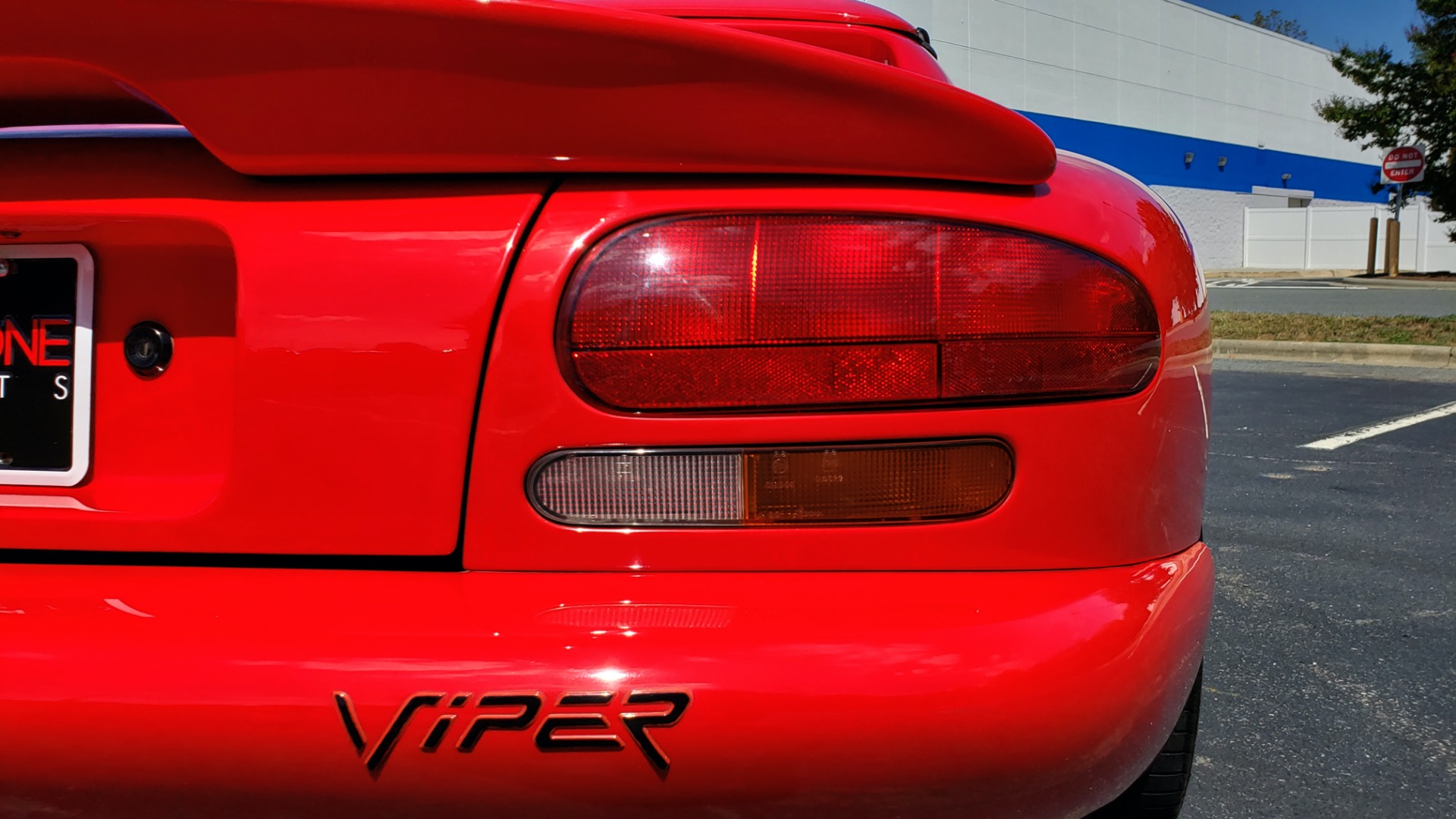 Used 1993 Dodge VIPER RT/10 COUPE / 6-SPD MAN / REMOVABLE TOP / LOW MILES for sale Sold at Formula Imports in Charlotte NC 28227 33