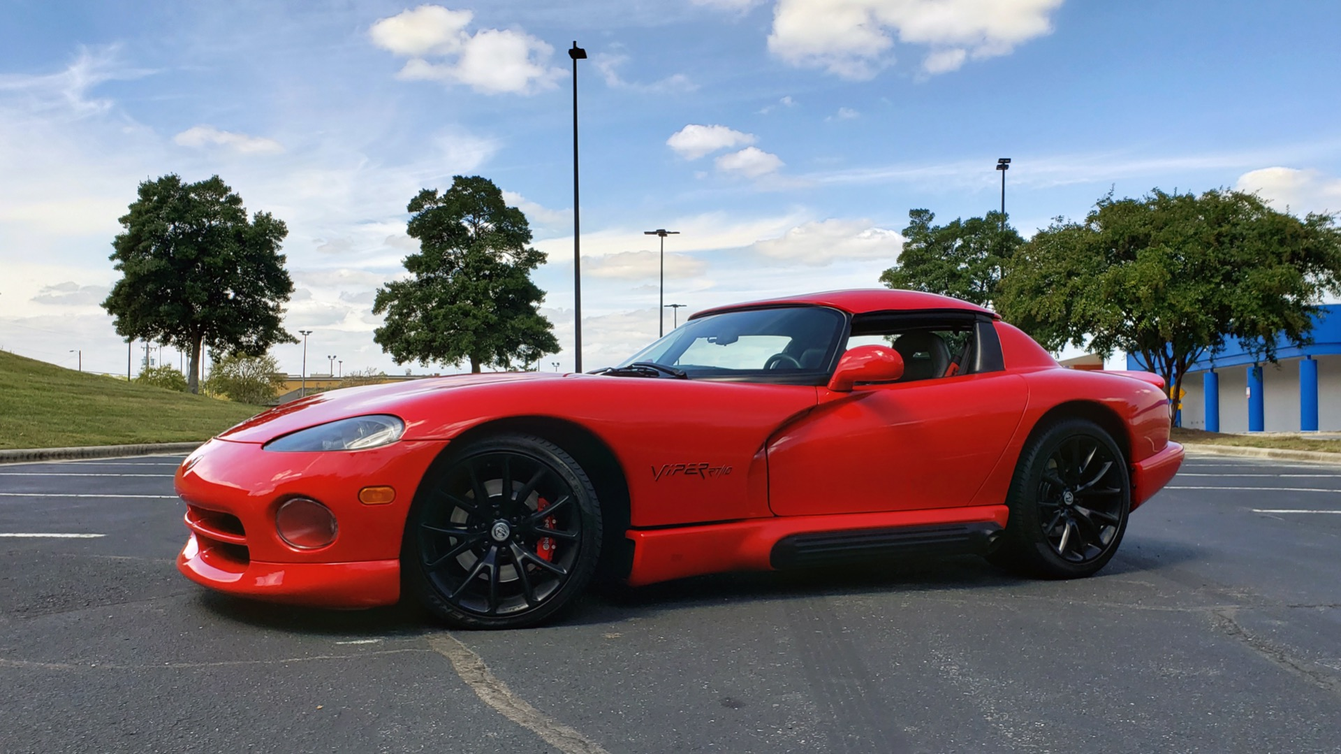 Used 1993 Dodge VIPER RT/10 COUPE / 6-SPD MAN / REMOVABLE TOP / LOW MILES for sale Sold at Formula Imports in Charlotte NC 28227 41