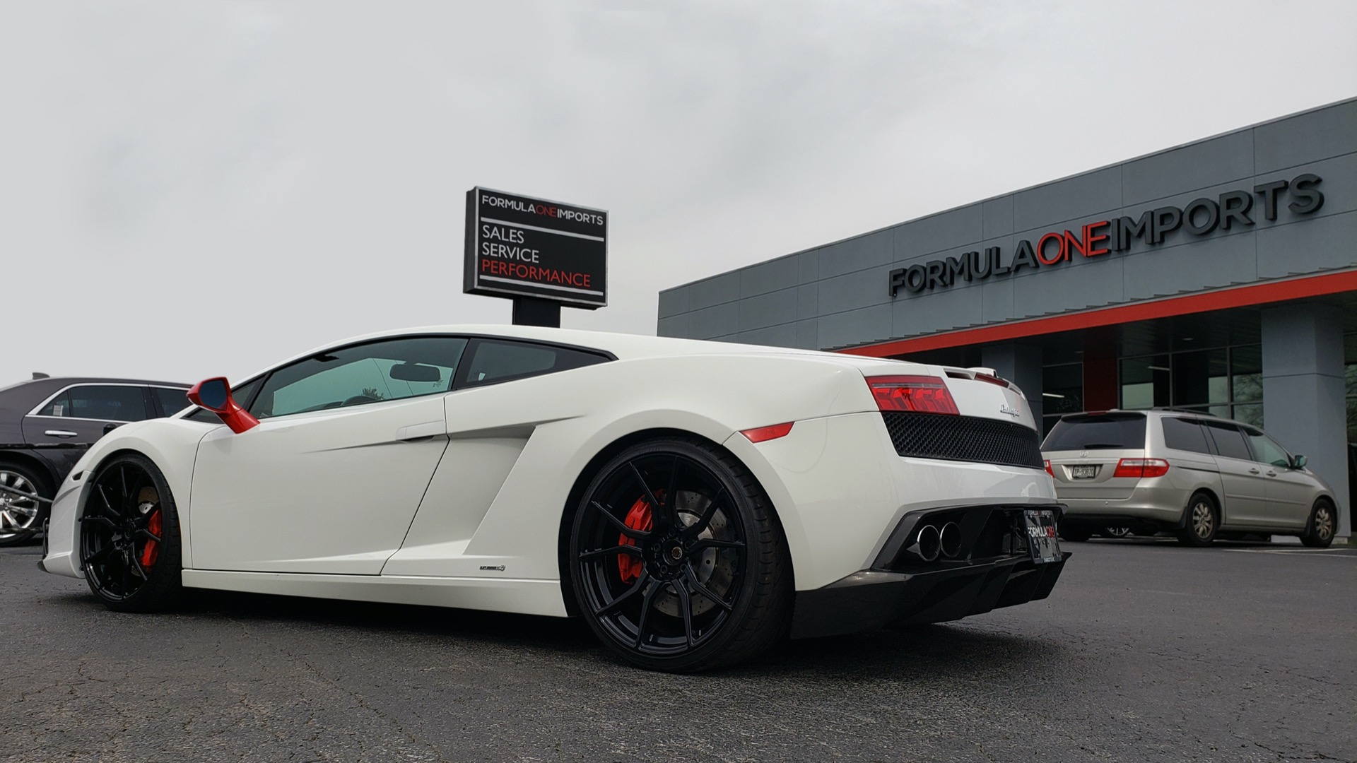 Used 2013 Lamborghini Gallardo LP560-4 560HP / AWD / NAV / CAMERA for sale Sold at Formula Imports in Charlotte NC 28227 4