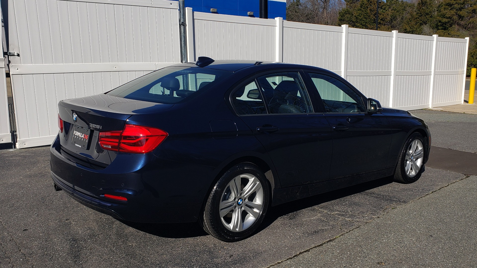 Used 2016 BMW 3 Series 328i PREMIUM / NAV / SUNROOF / DRIVE ASST / REARVIEW for sale Sold at Formula Imports in Charlotte NC 28227 6