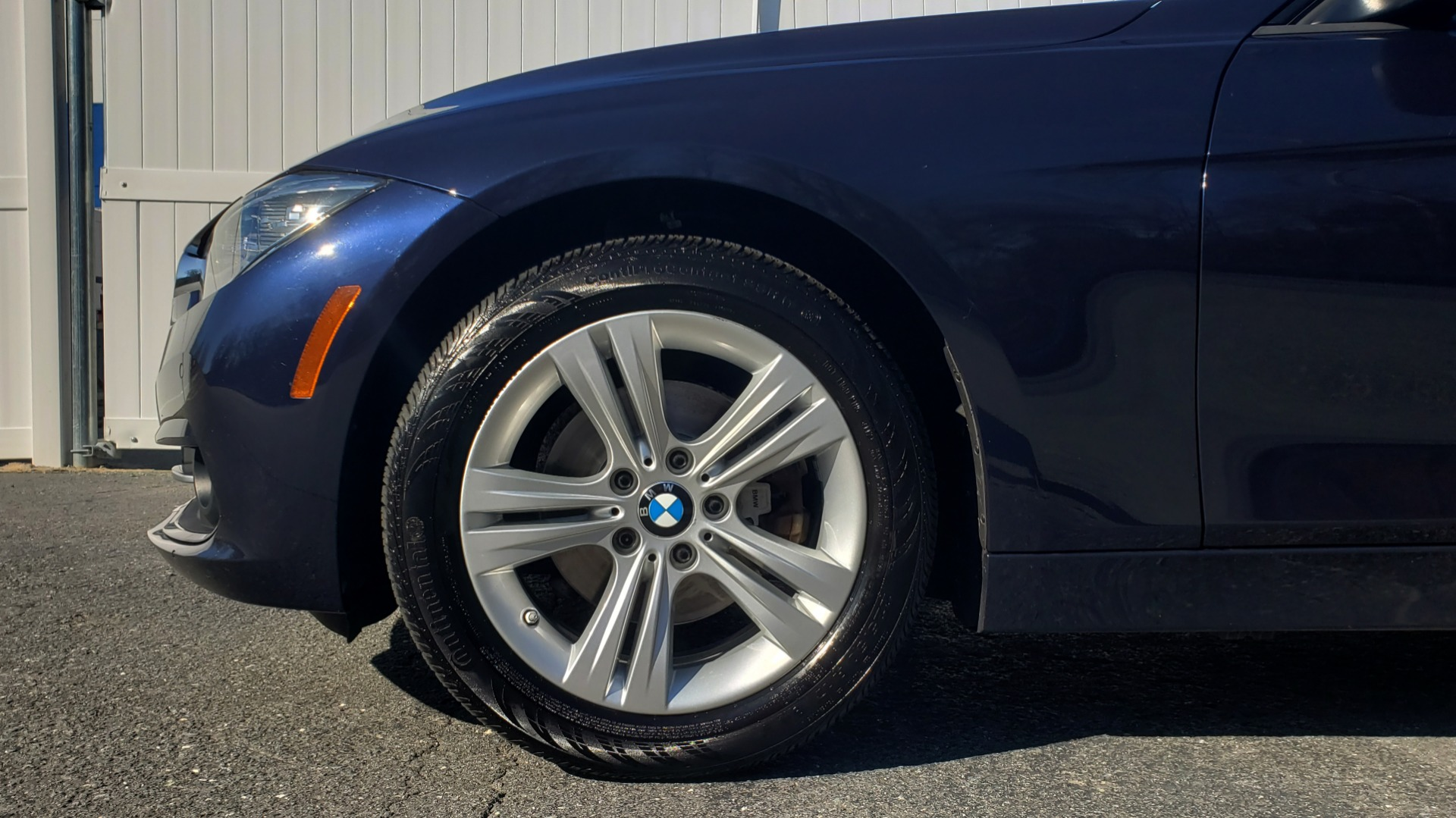 Used 2016 BMW 3 Series 328i PREMIUM / NAV / SUNROOF / DRIVE ASST / REARVIEW for sale Sold at Formula Imports in Charlotte NC 28227 71