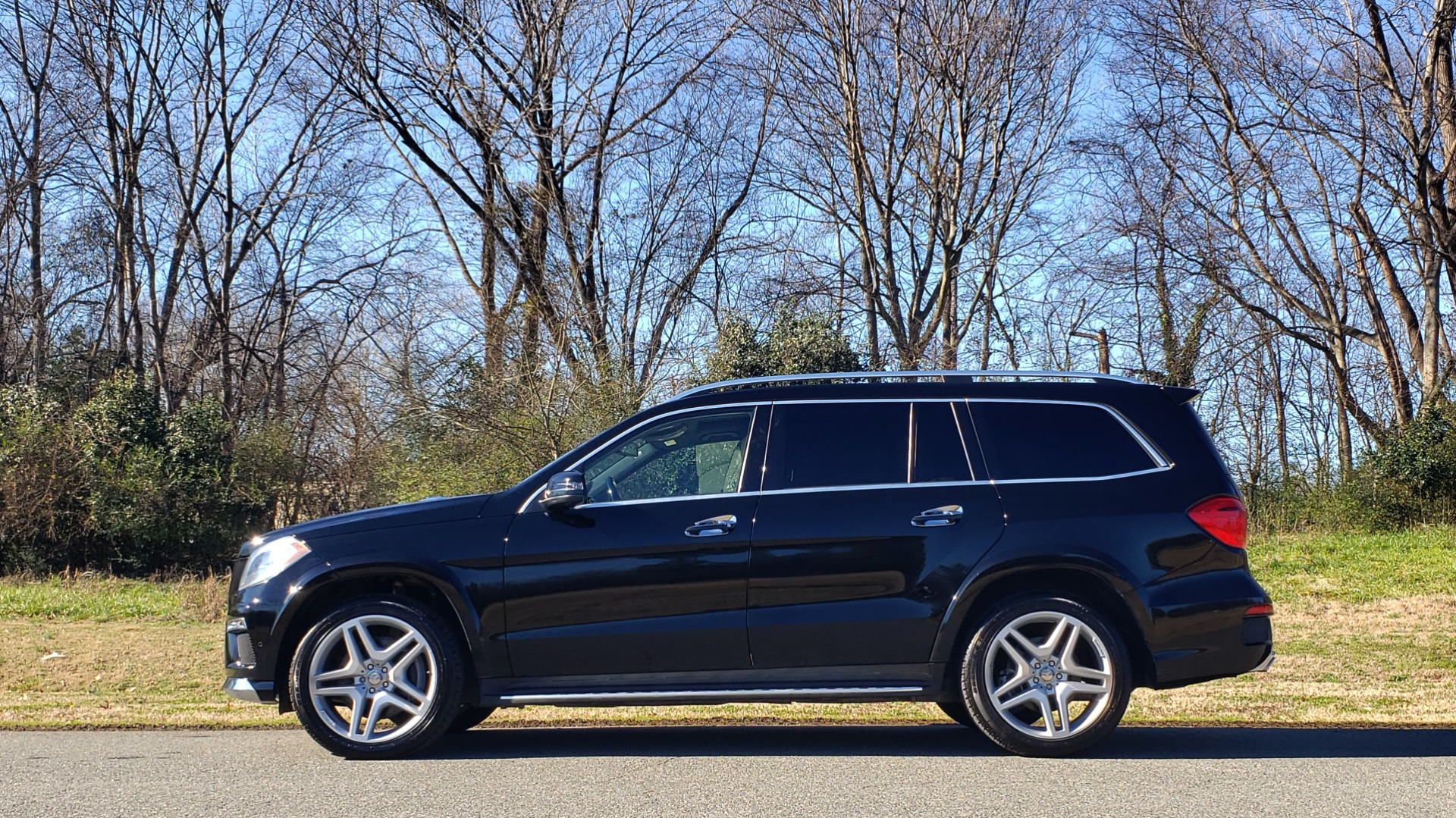Used 2015 Mercedes-Benz GL-Class GL 550 4MATIC / DRVR ASST / PANO-ROOF / DESIGNO / REARVIEW for sale Sold at Formula Imports in Charlotte NC 28227 2