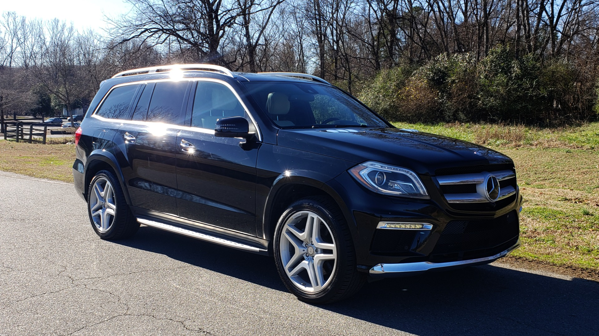 Used 2015 Mercedes-Benz GL-Class GL 550 4MATIC / DRVR ASST / PANO-ROOF / DESIGNO / REARVIEW for sale Sold at Formula Imports in Charlotte NC 28227 4