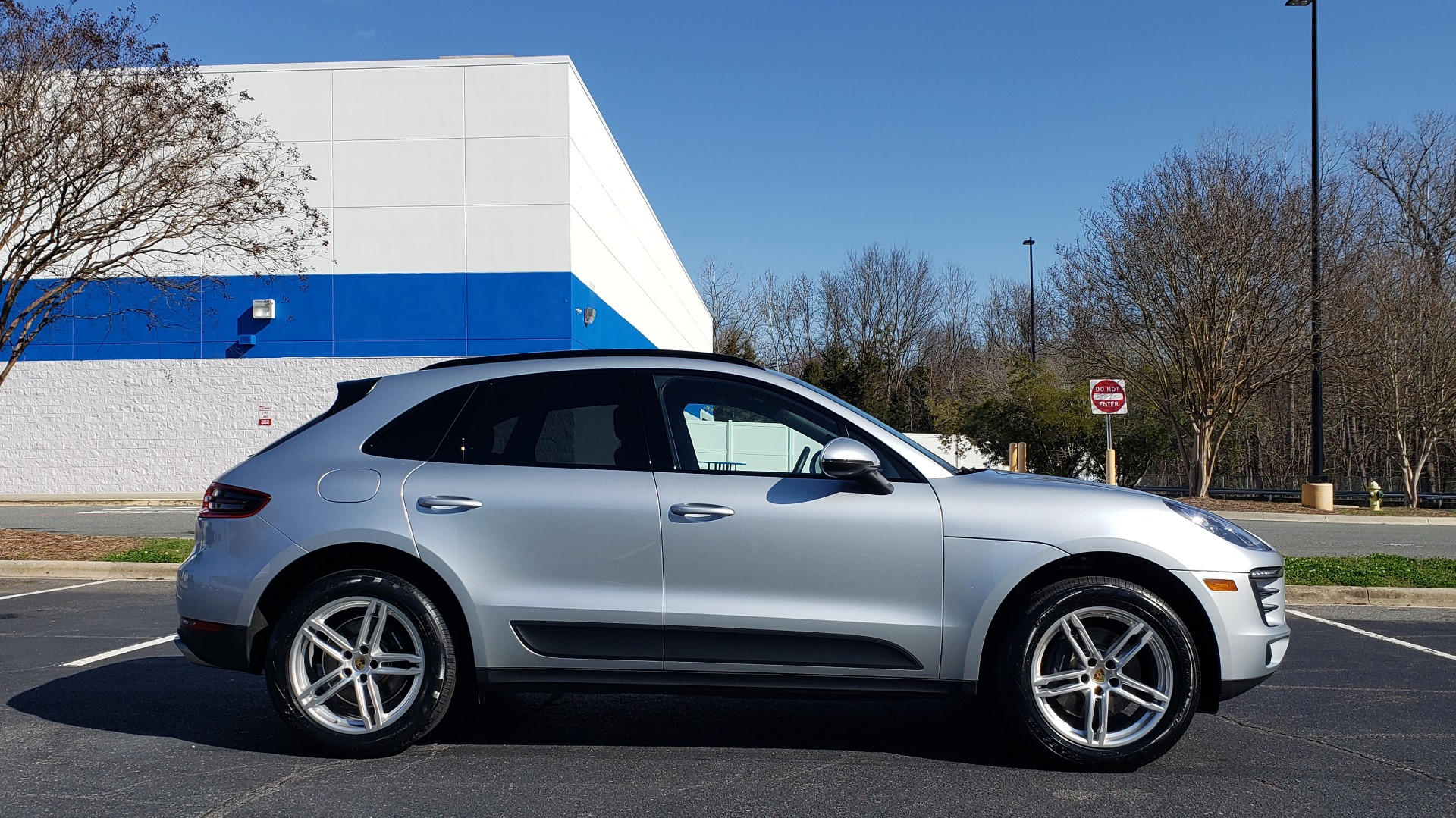 Used 2018 Porsche MACAN AWD / PDK / NAV / PANO-ROOF / BOSE / REARVIEW / LCA for sale Sold at Formula Imports in Charlotte NC 28227 5