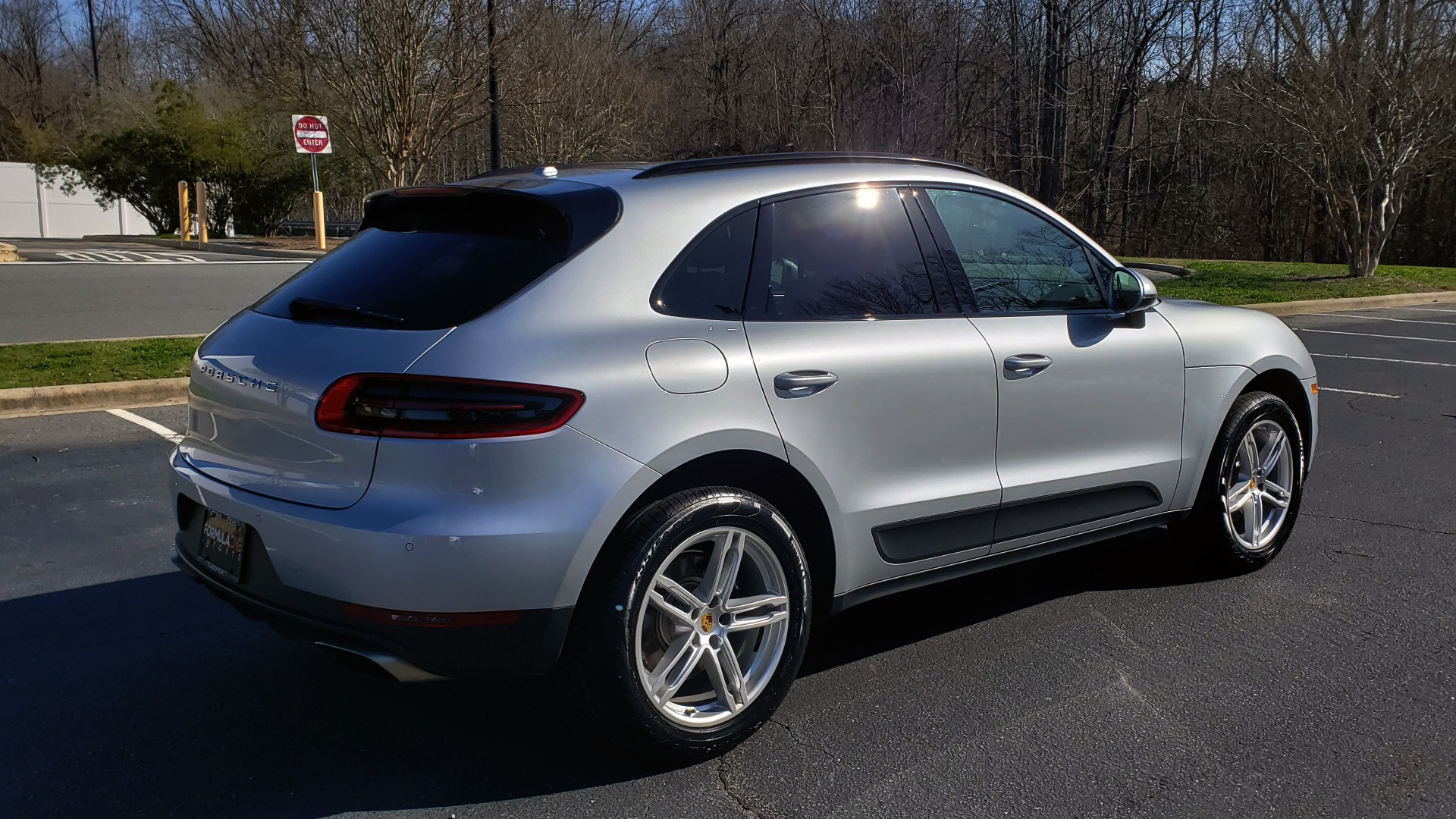 Used 2018 Porsche MACAN AWD / PDK / NAV / PANO-ROOF / BOSE / REARVIEW / LCA for sale Sold at Formula Imports in Charlotte NC 28227 6