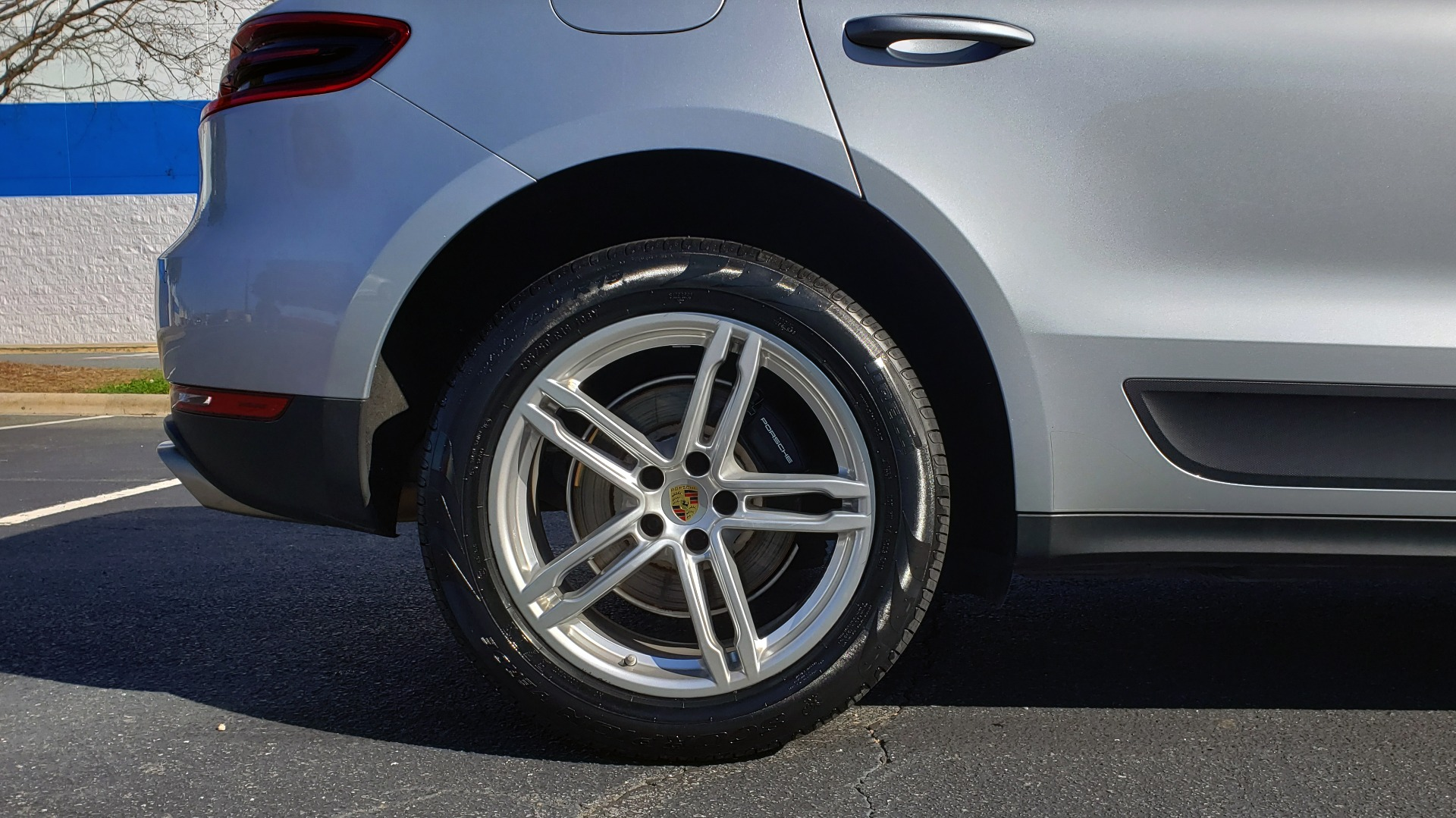 Used 2018 Porsche MACAN AWD / PDK / NAV / PANO-ROOF / BOSE / REARVIEW / LCA for sale Sold at Formula Imports in Charlotte NC 28227 85