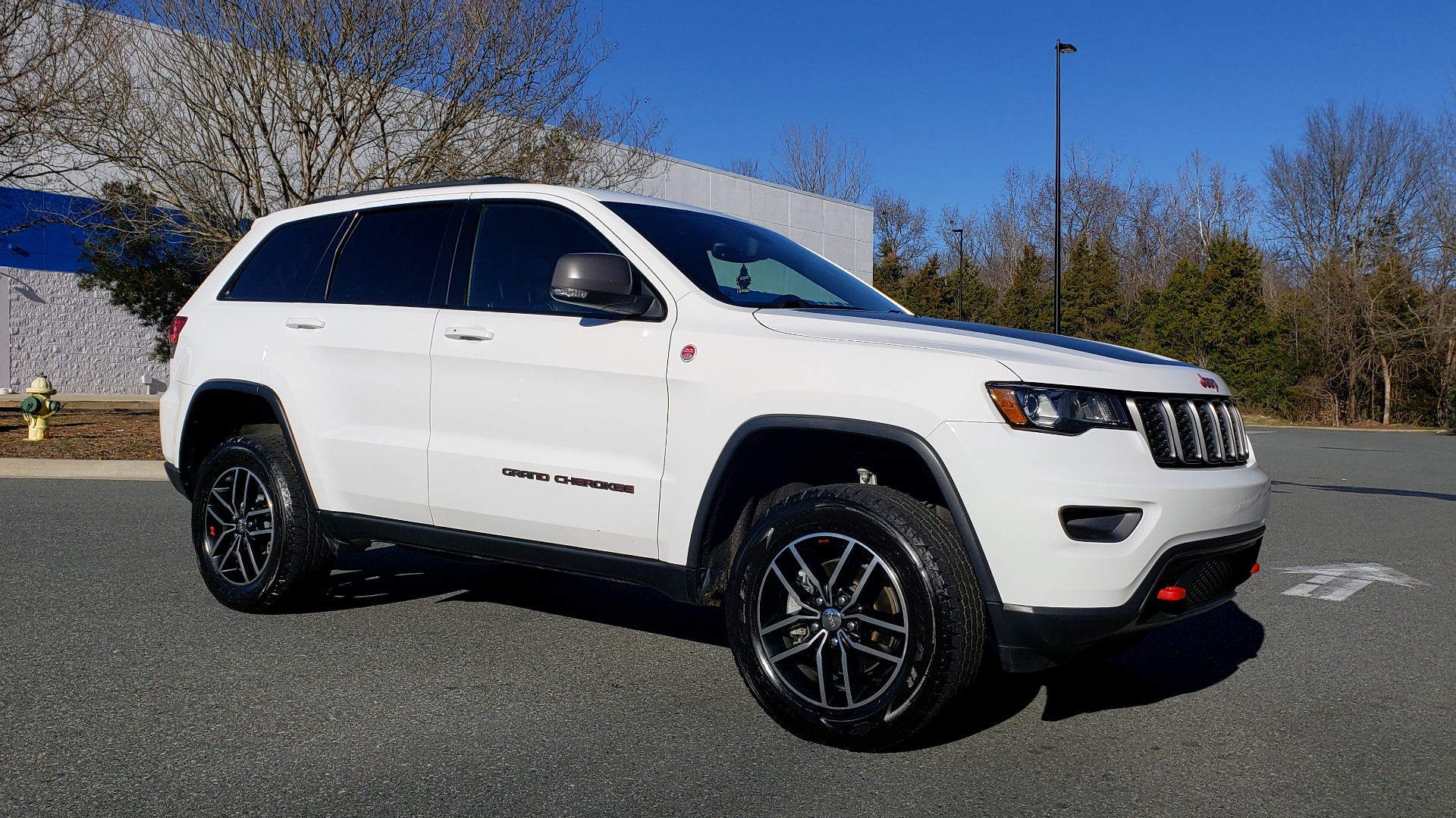 Used 2018 Jeep GRAND CHEROKEE TRAILHAWK 4X4 / NAV / REARVIEW / V6 / AUTO for sale Sold at Formula Imports in Charlotte NC 28227 4