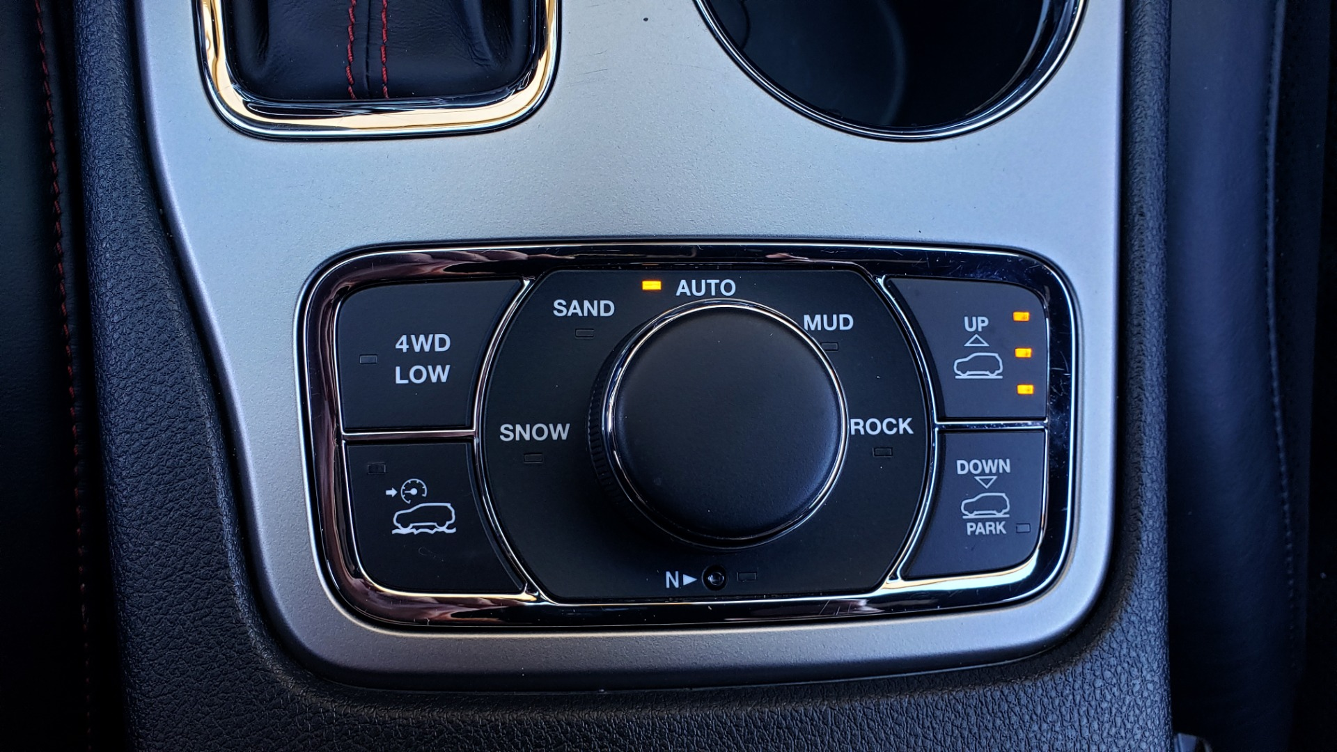 Used 2018 Jeep GRAND CHEROKEE TRAILHAWK 4X4 / NAV / REARVIEW / V6 / AUTO for sale Sold at Formula Imports in Charlotte NC 28227 49