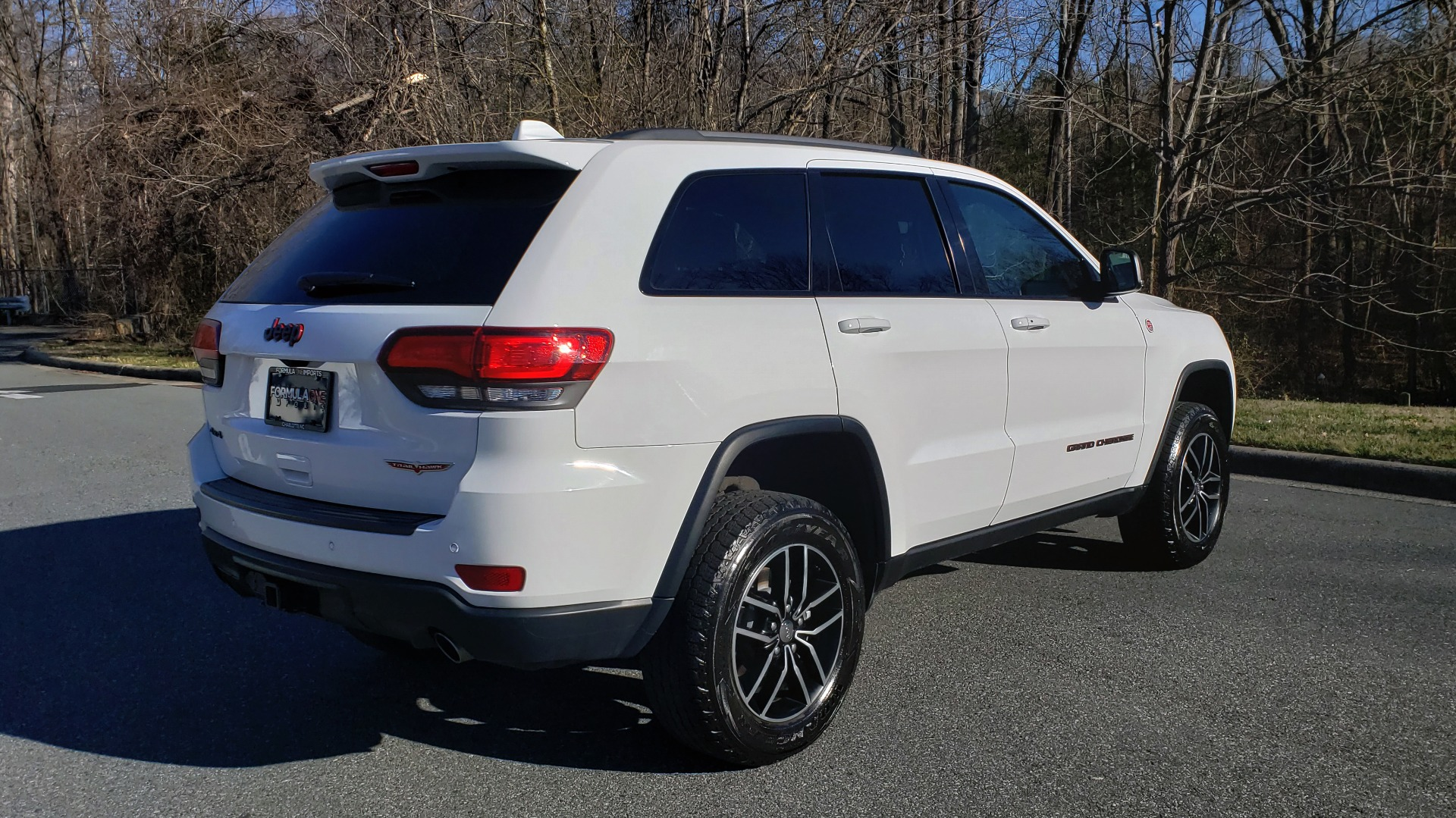 Used 2018 Jeep GRAND CHEROKEE TRAILHAWK 4X4 / NAV / REARVIEW / V6 / AUTO for sale Sold at Formula Imports in Charlotte NC 28227 6
