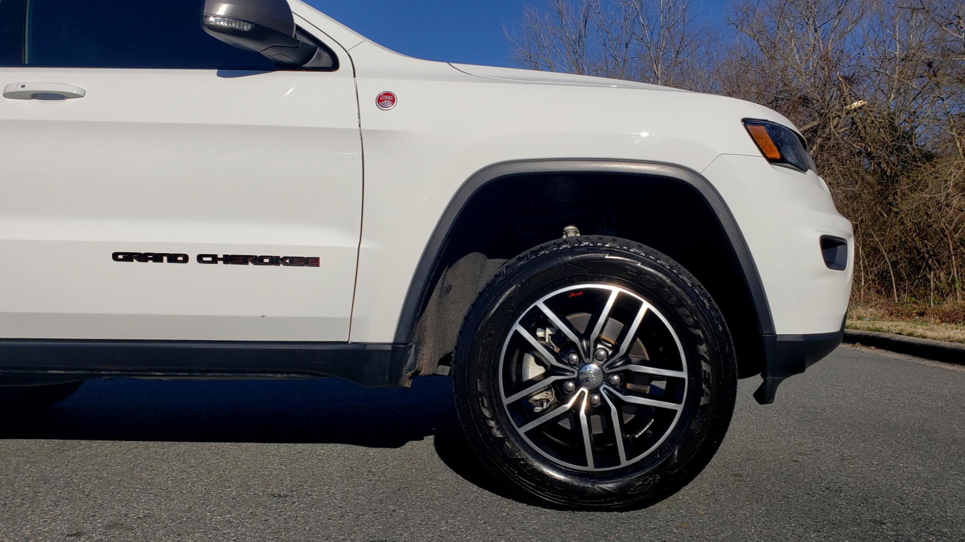 Used 2018 Jeep GRAND CHEROKEE TRAILHAWK 4X4 / NAV / REARVIEW / V6 / AUTO for sale Sold at Formula Imports in Charlotte NC 28227 83