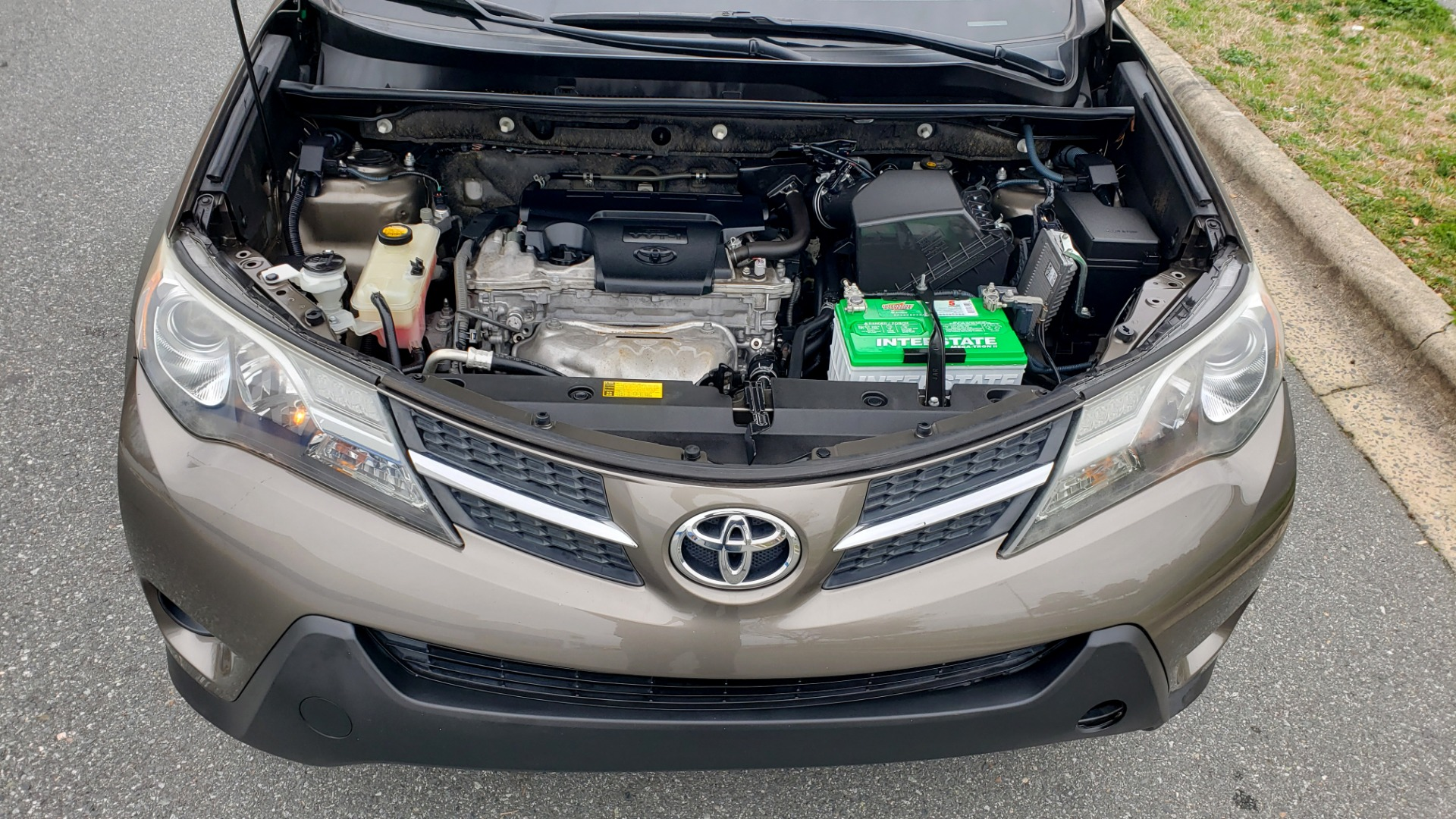 Used 2013 Toyota RAV4 LE / AUTO / FWD / 29 MPG HWY / CLEAN CARFAX for sale Sold at Formula Imports in Charlotte NC 28227 11