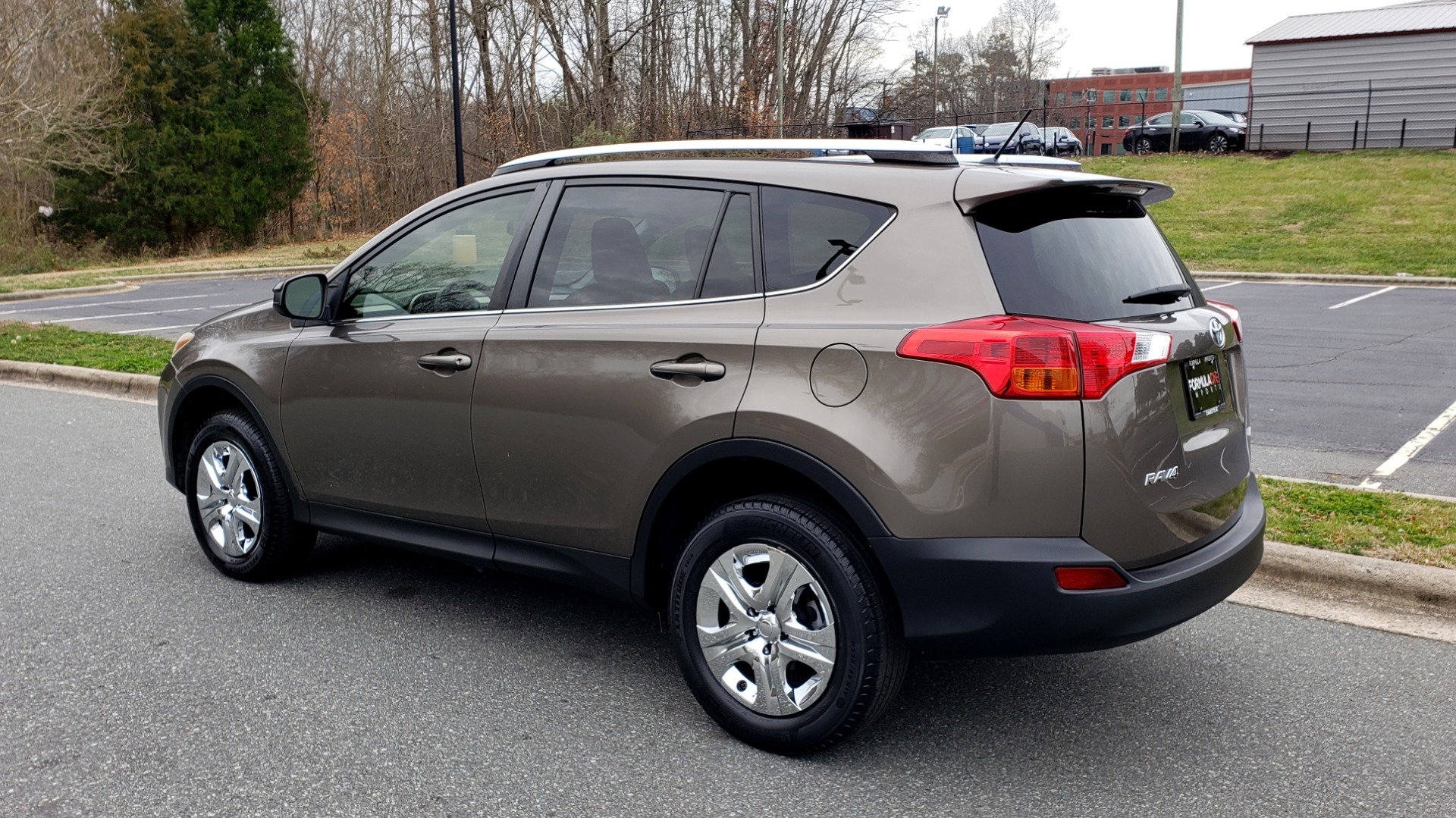 Used 2013 Toyota RAV4 LE / AUTO / FWD / 29 MPG HWY / CLEAN CARFAX for sale Sold at Formula Imports in Charlotte NC 28227 3