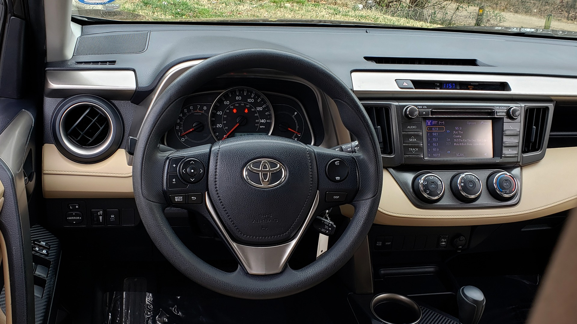 Used 2013 Toyota RAV4 LE / AUTO / FWD / 29 MPG HWY / CLEAN CARFAX for sale Sold at Formula Imports in Charlotte NC 28227 37
