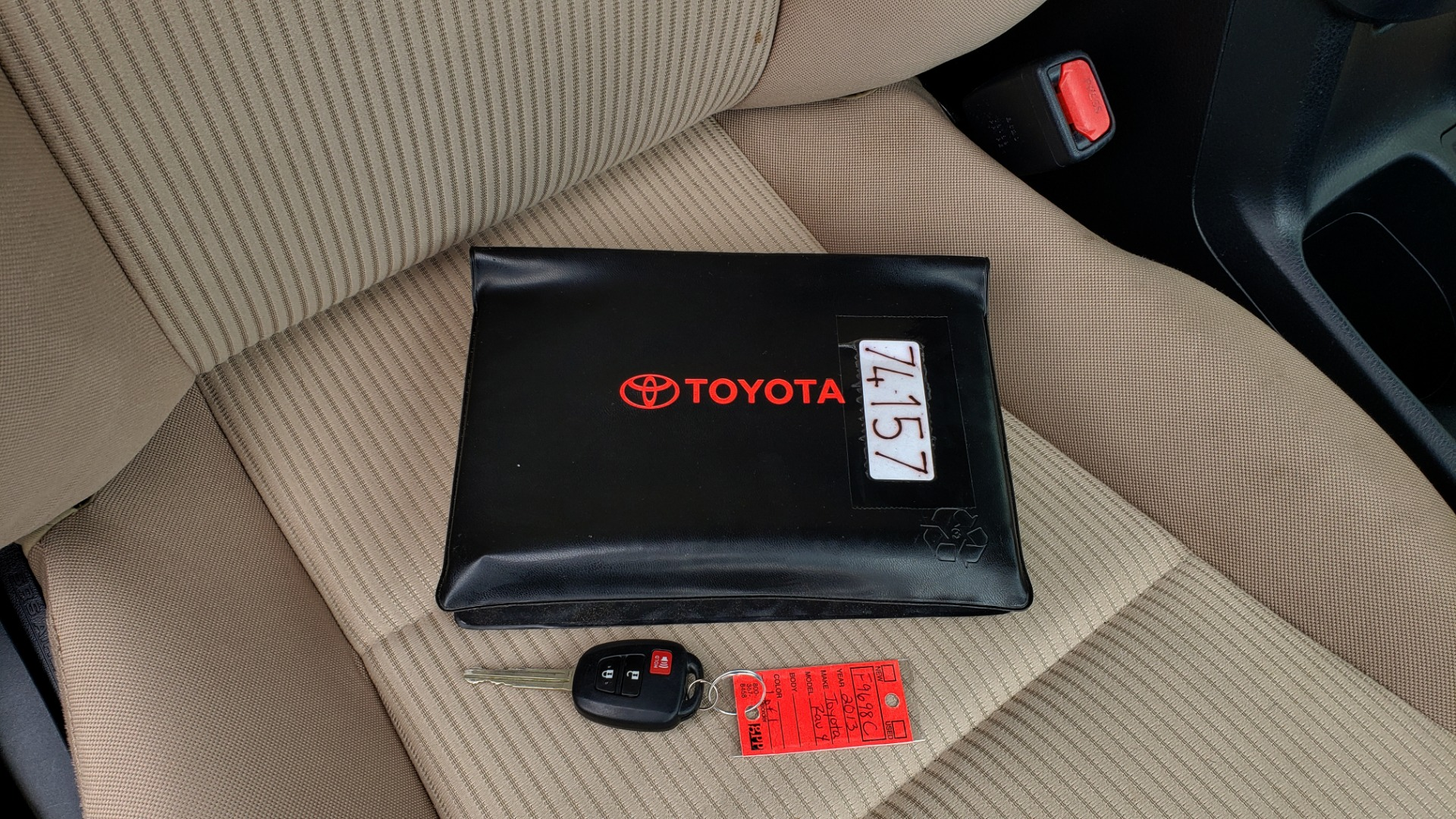 Used 2013 Toyota RAV4 LE / AUTO / FWD / 29 MPG HWY / CLEAN CARFAX for sale Sold at Formula Imports in Charlotte NC 28227 78