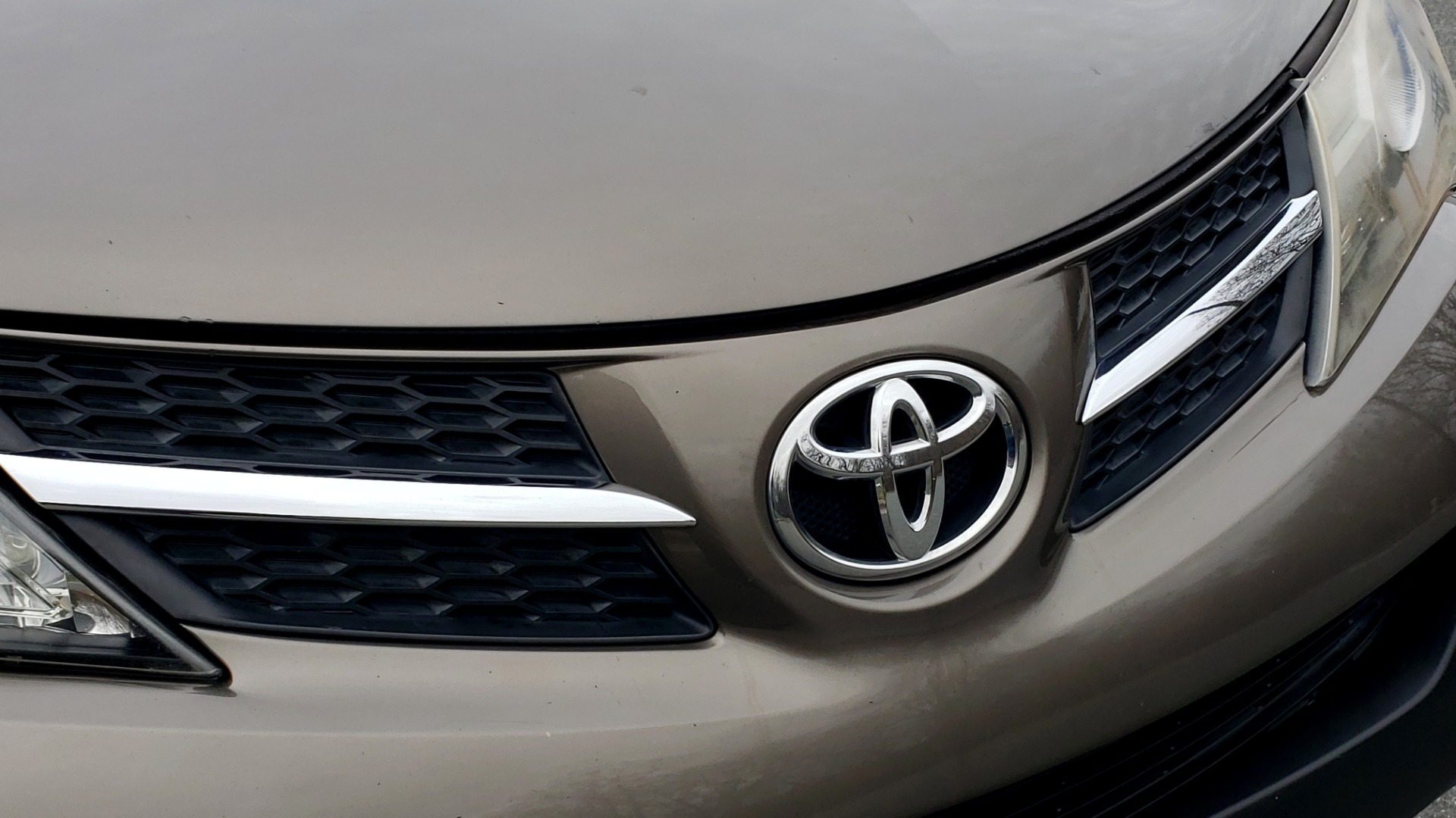 Used 2013 Toyota RAV4 LE / AUTO / FWD / 29 MPG HWY / CLEAN CARFAX for sale Sold at Formula Imports in Charlotte NC 28227 9