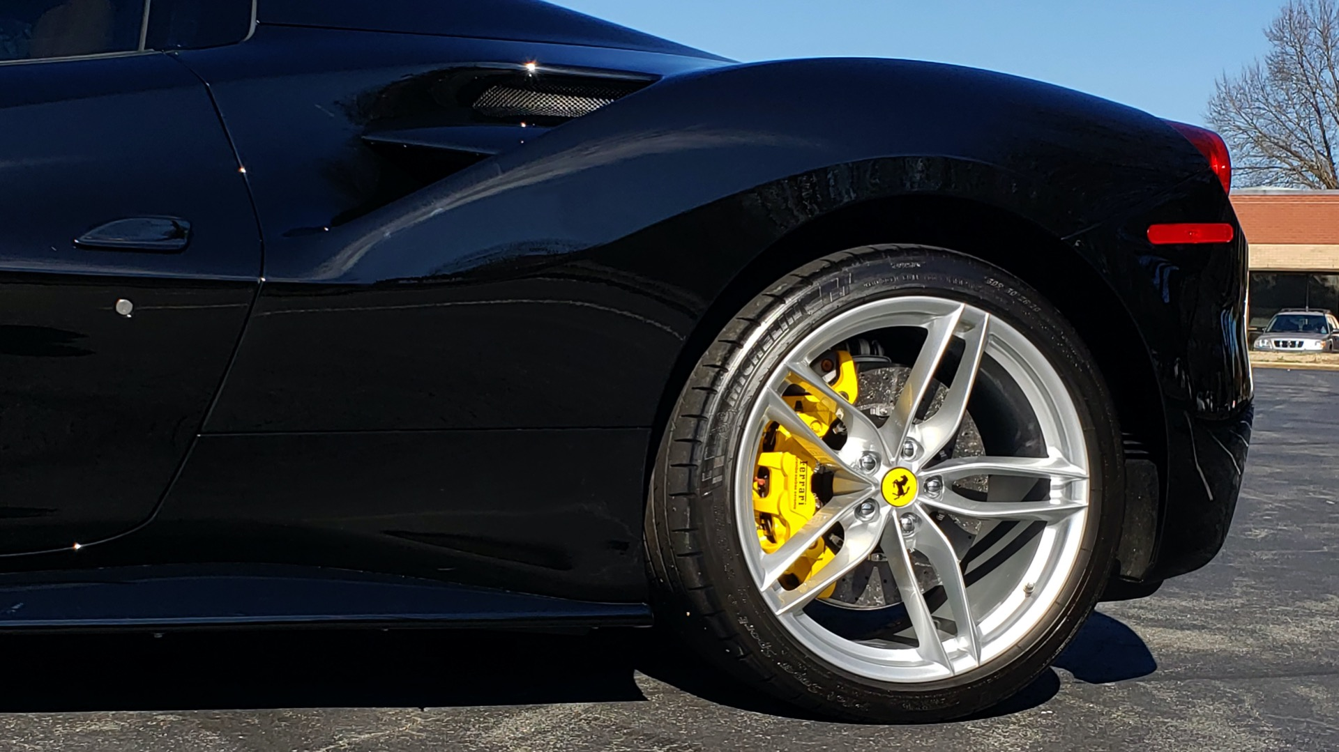 Used 2017 Ferrari 488 SPIDER F1 TRANS / 661HP / POWER-TOP / PREM SOUND / SPORT EXH for sale Sold at Formula Imports in Charlotte NC 28227 11