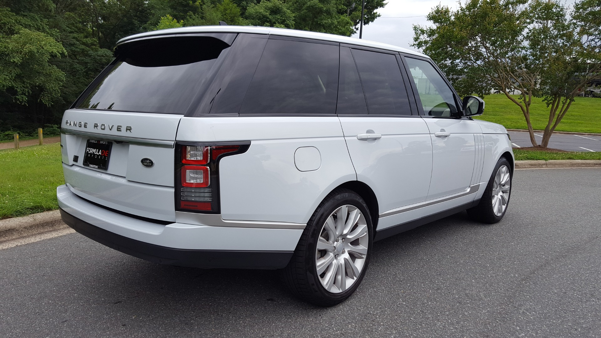 Used 2016 Land Rover RANGE ROVER SC V8 / DRVR ASST / VSN ASST / MERIDIAN / SNRF / BLIND SPOT for sale Sold at Formula Imports in Charlotte NC 28227 99